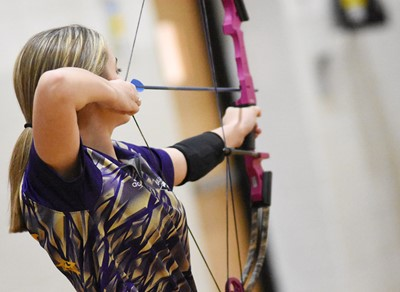 Campbellsville Middle School eighth-grader Braelyn Price aims.