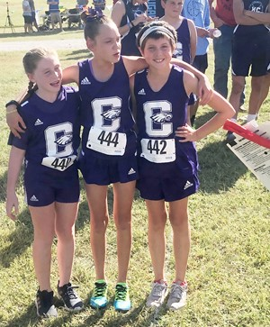 From left, Campbellsville Elementary School fourth-grader Izzy Brunelle and fifth-graders Baylee Pike and Kairyn Johnson get set to run.