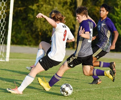 CHS sophomore Josh Lucas, at left, and junior Jeffrey Sustaita play defense.