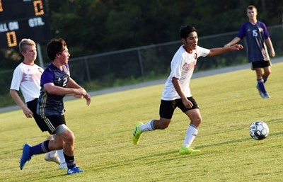 CHS sophomore Peyton Dabney plays defense.