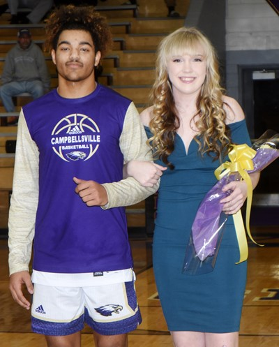 Reggie Thomas and Catlyn Clausen represented the junior class.