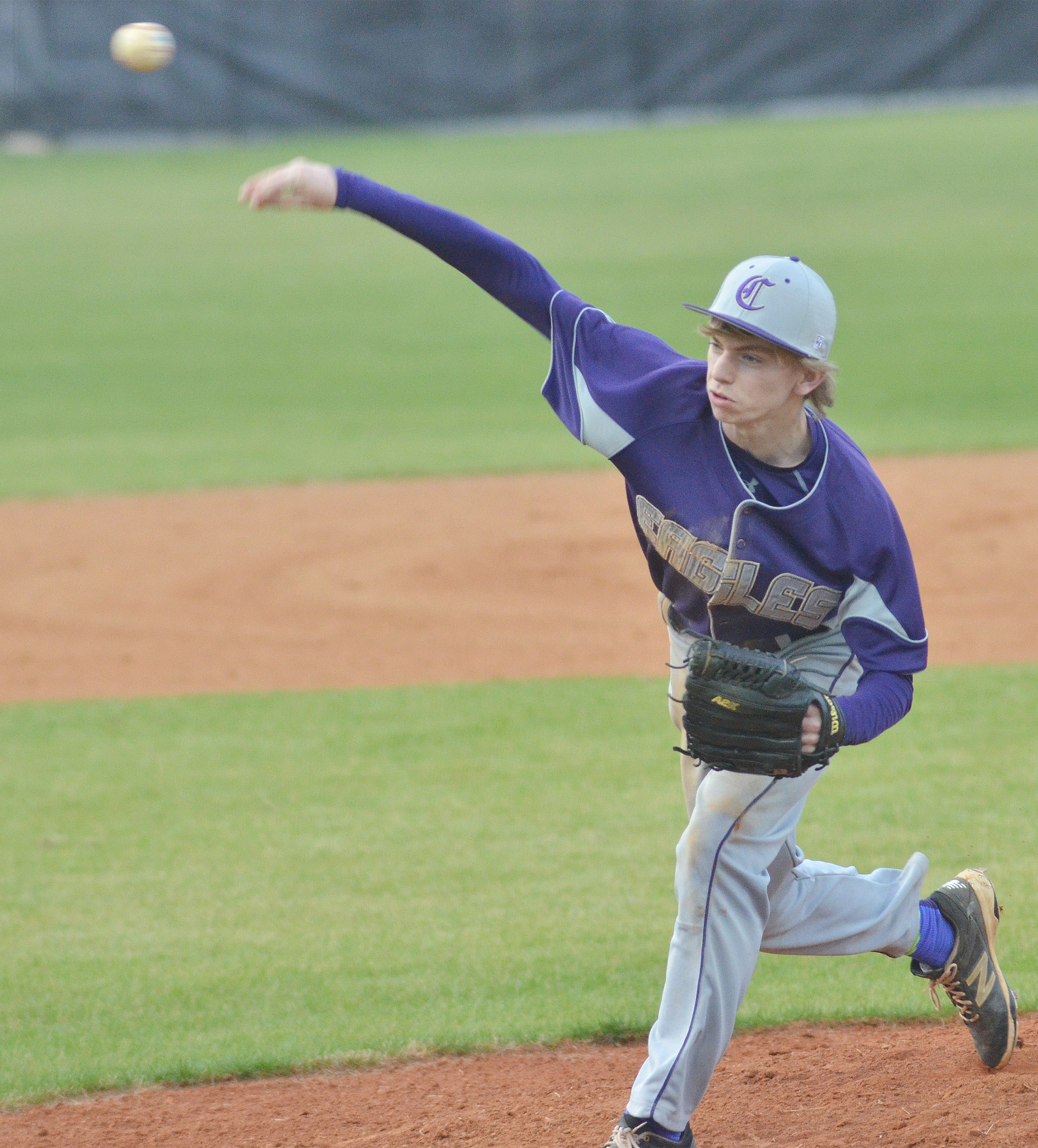 Campbellsville Middle School eighth-grader Arren Hash pitches.