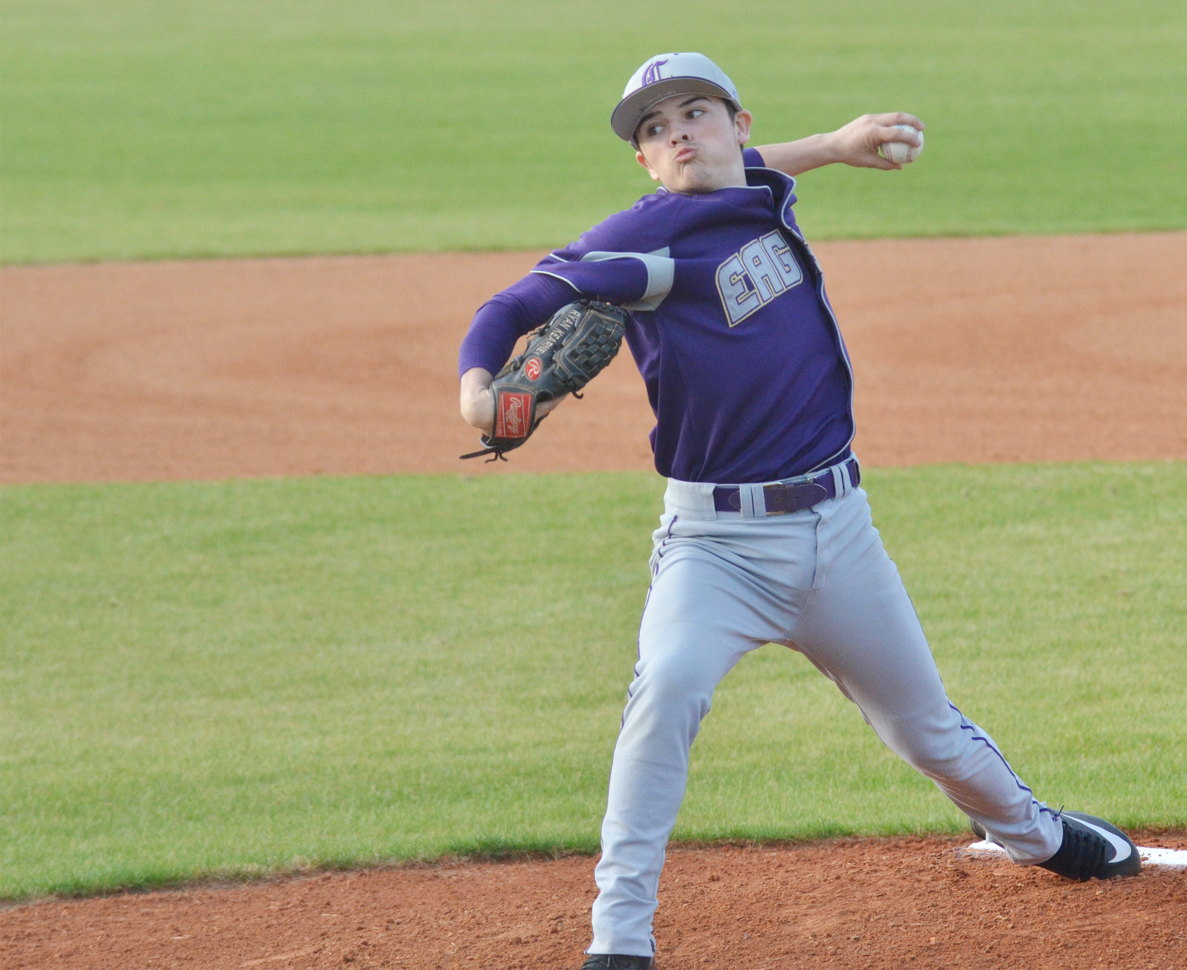 CHS sophomore Ryan Kearney pitches.