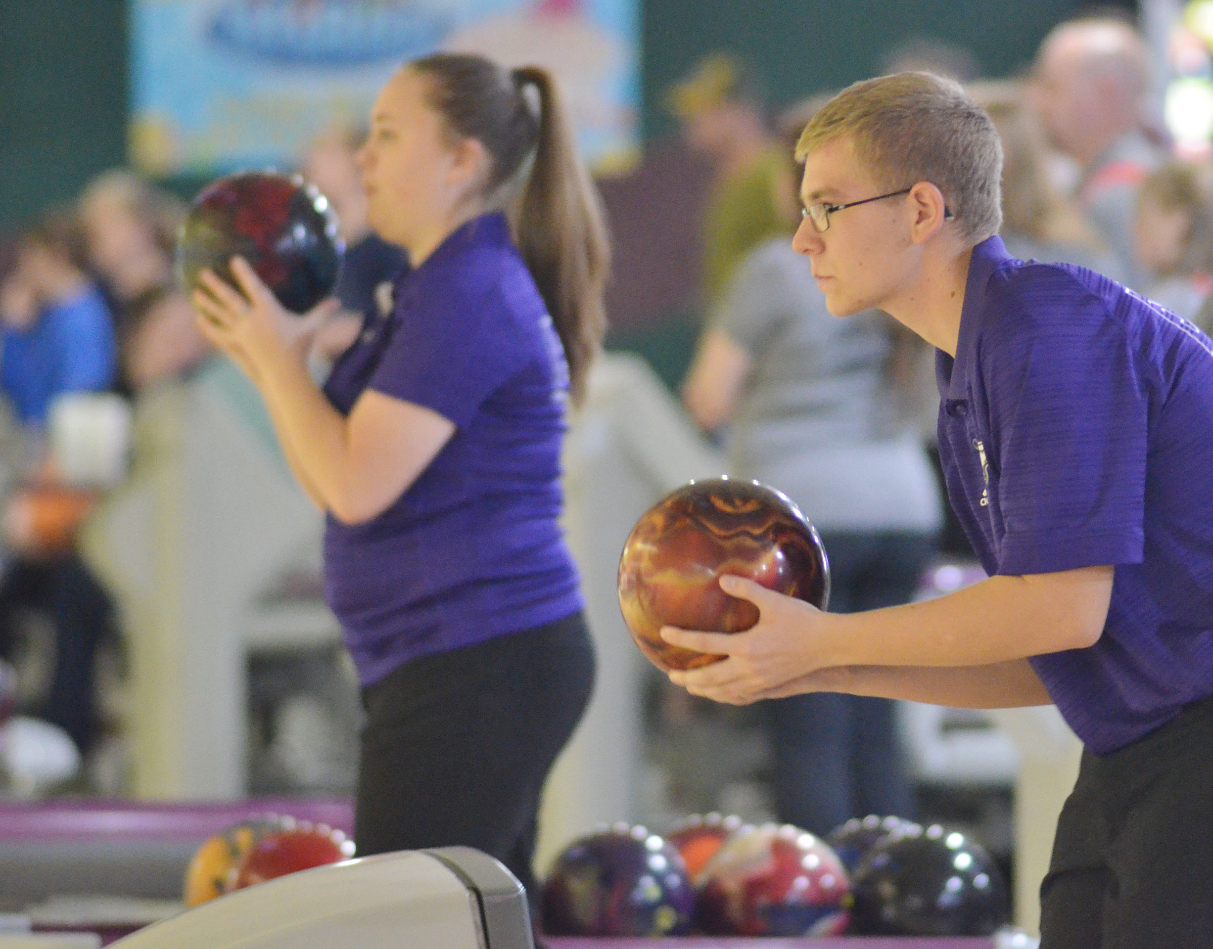 CHS sophomore Brandon Greer gets ready to bowl.