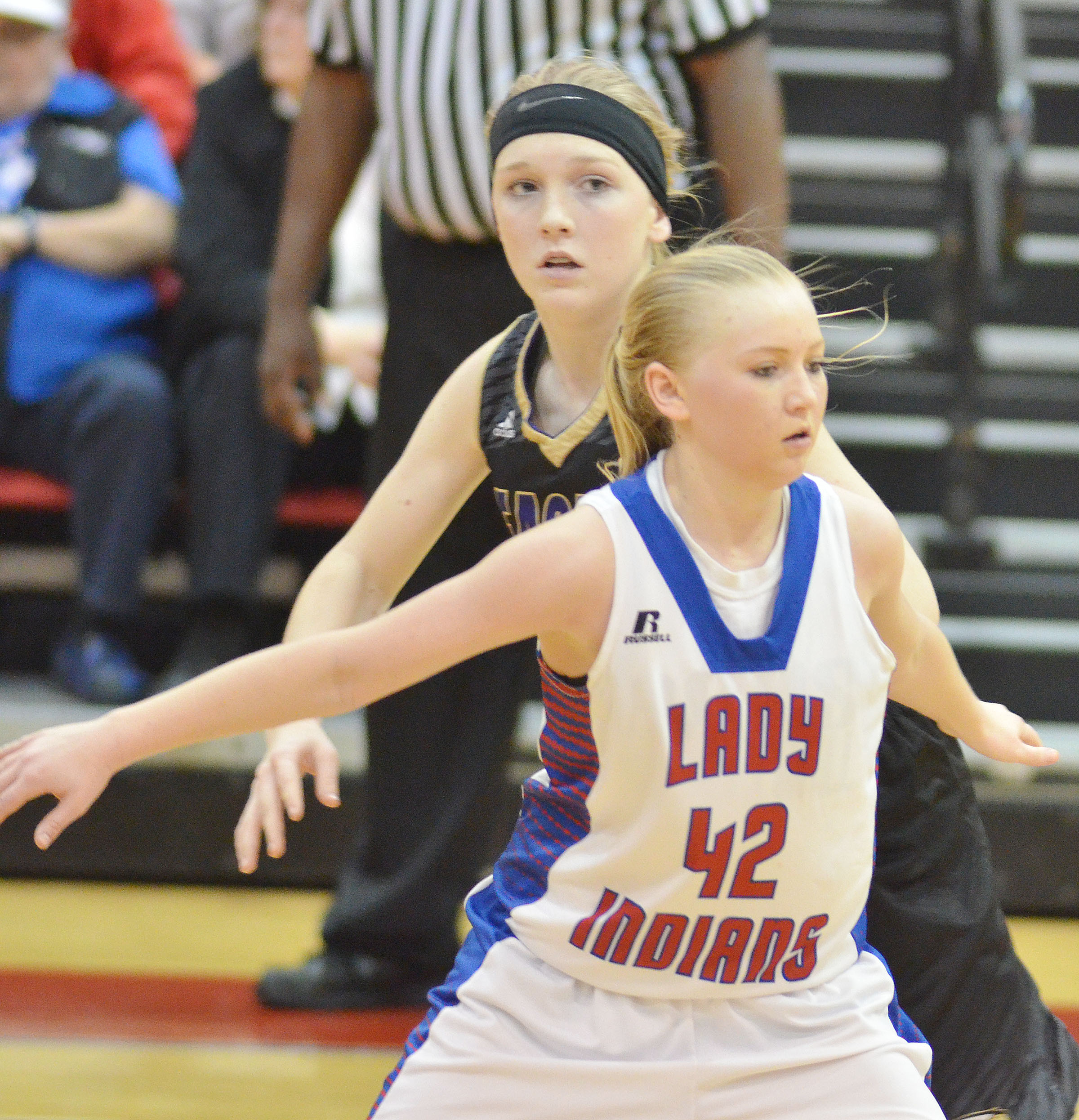 Campbellsville Middle School eighth-grader Catlyn Clausen looks for the ball.