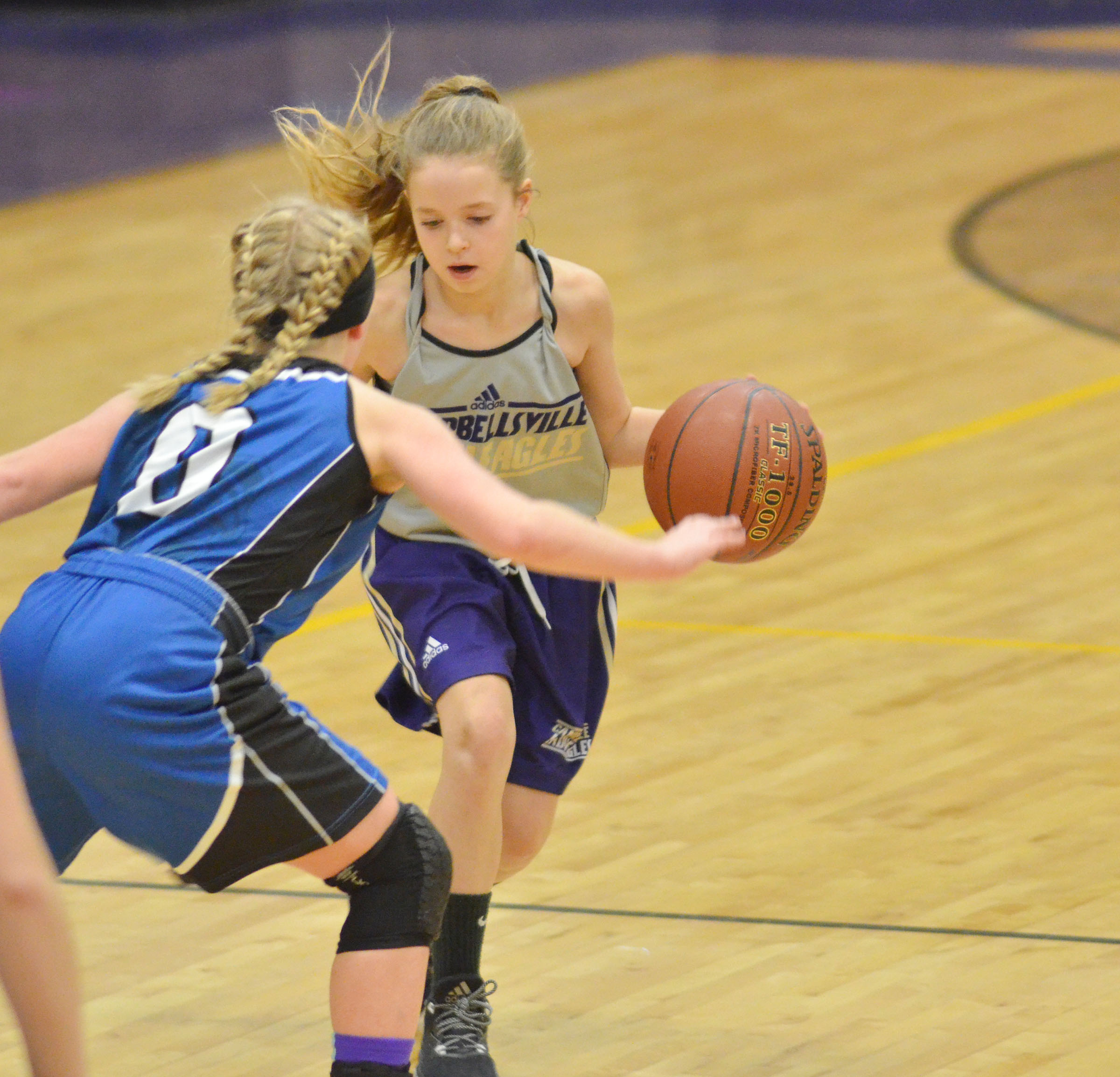 Campbellsville Middle School seventh-grader Rylee Petett dribbles.