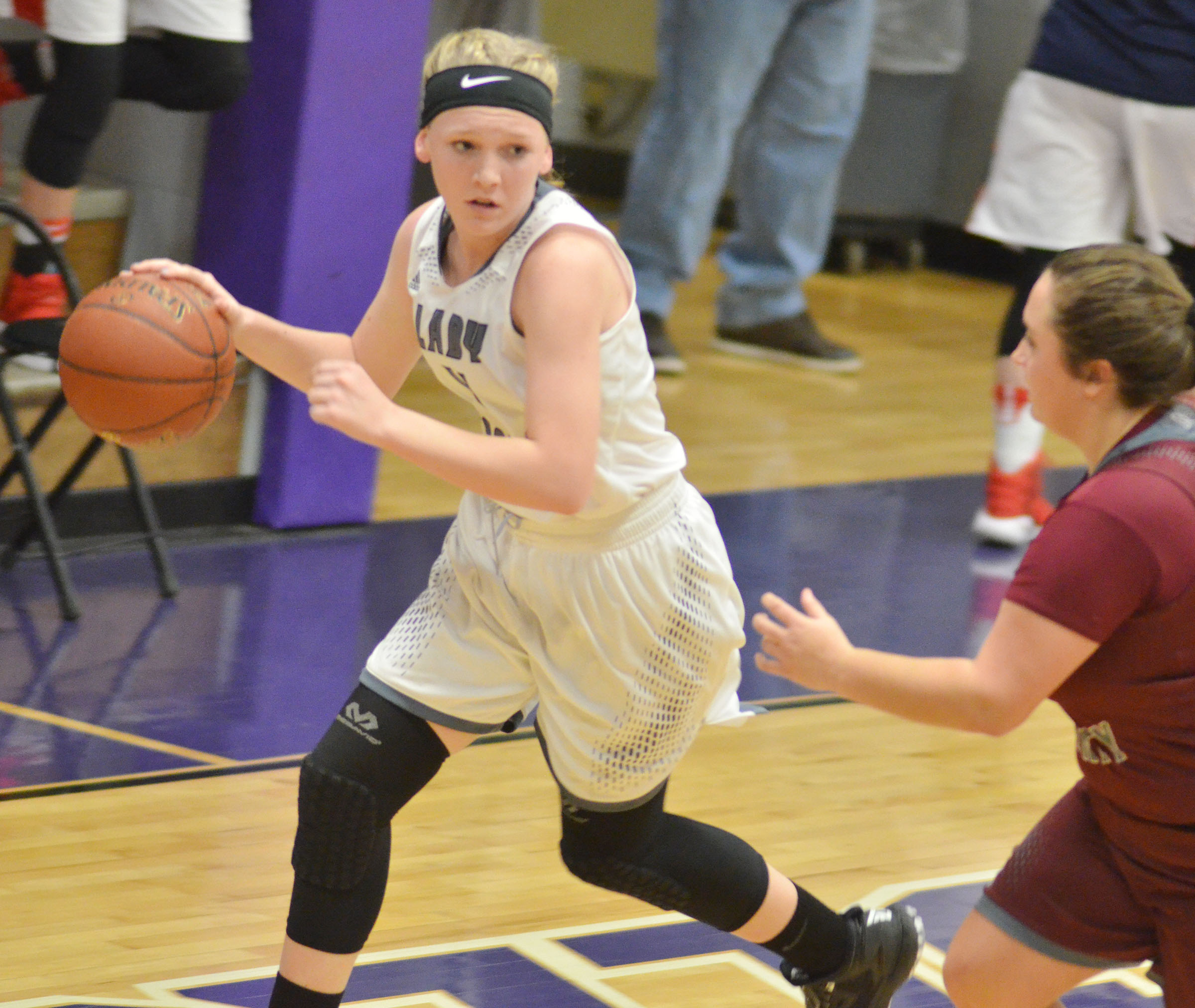 Campbellsville Middle School eighth-grader Catlyn Clausen dribbles.