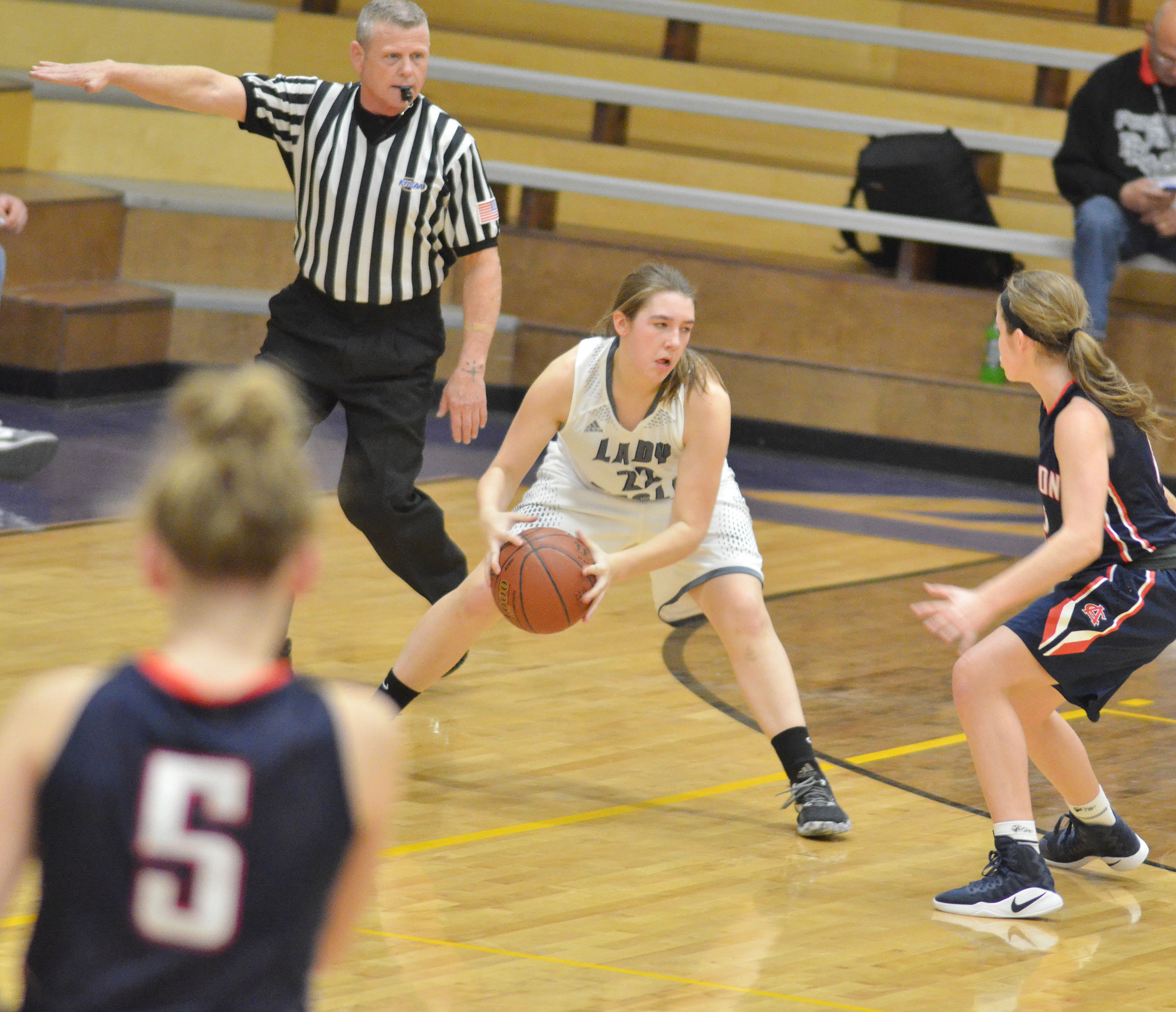Campbellsville Middle School eighth-grader Abi Wiedewitsch dribbles.
