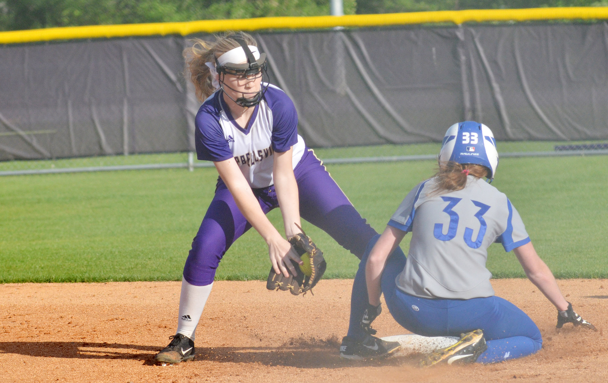 Campbellsville Middle School eighth-grader Catlyn Clausen gets an out at second.
