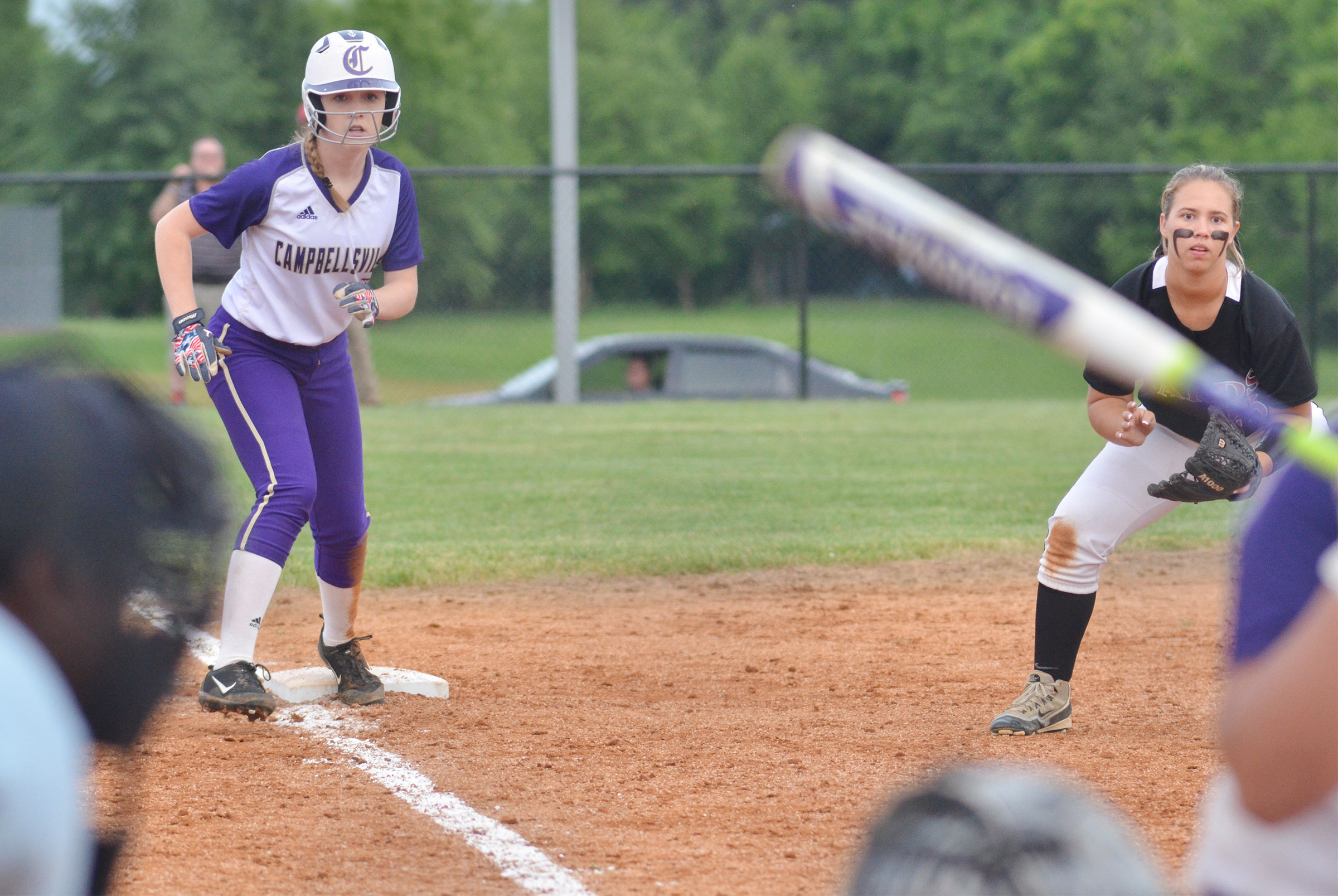 Campbellsville Middle School eighth-grader Catlyn Clausen looks to score.