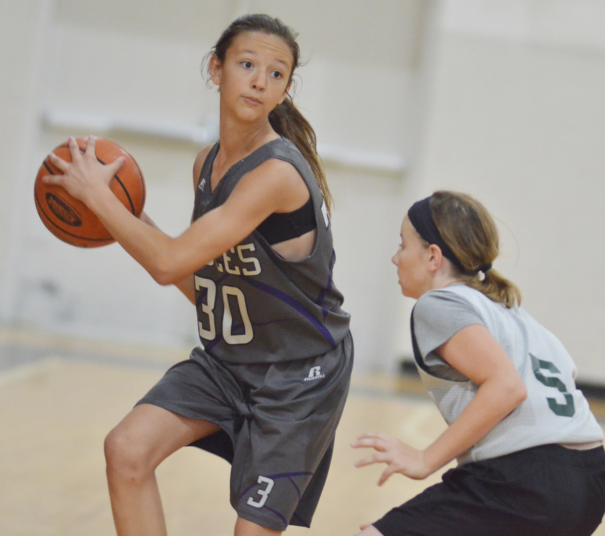 CMS seventh-grader Bri Hayes passes.