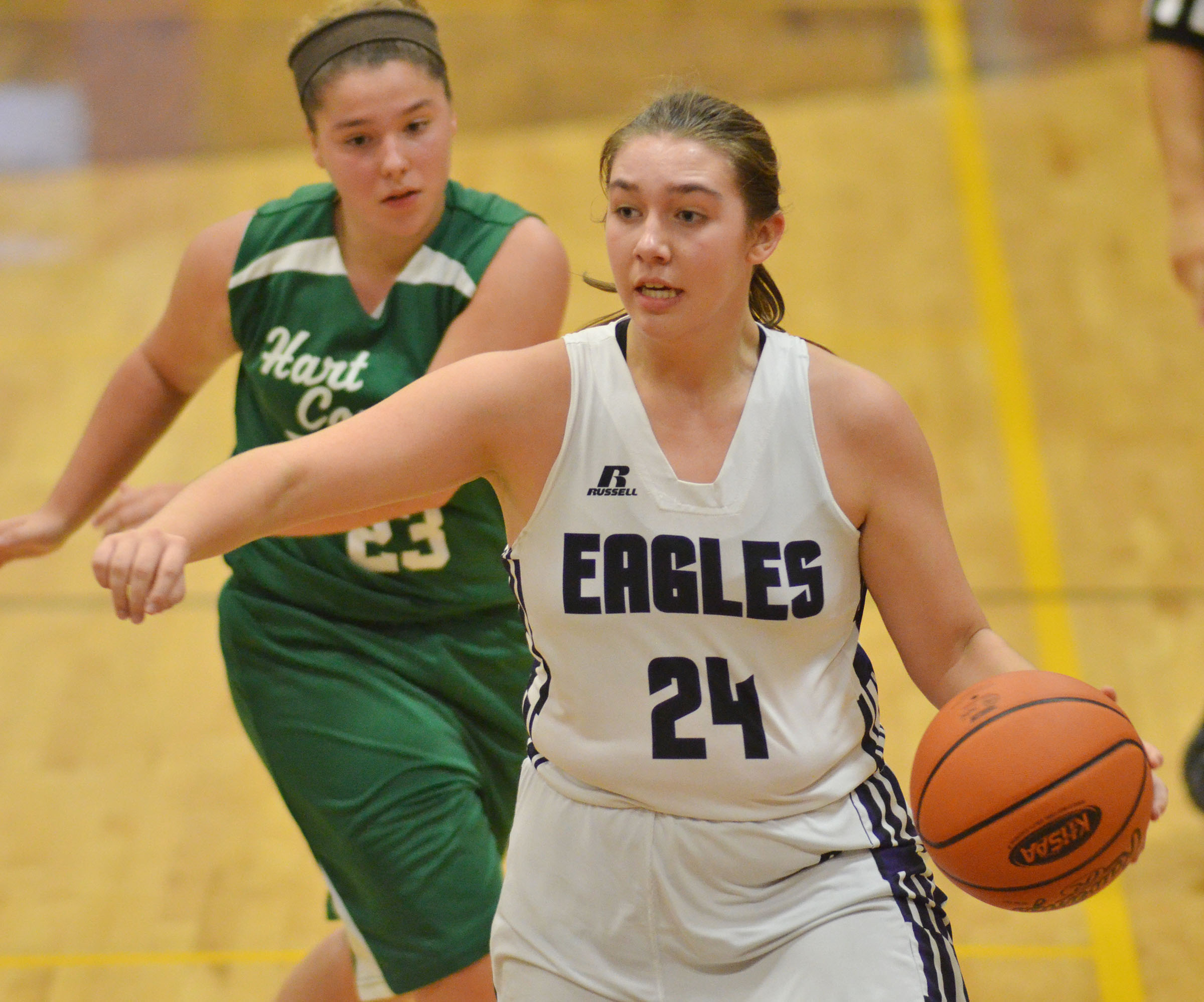 CMS eighth-grader Abi Wiedewitsch looks to pass.