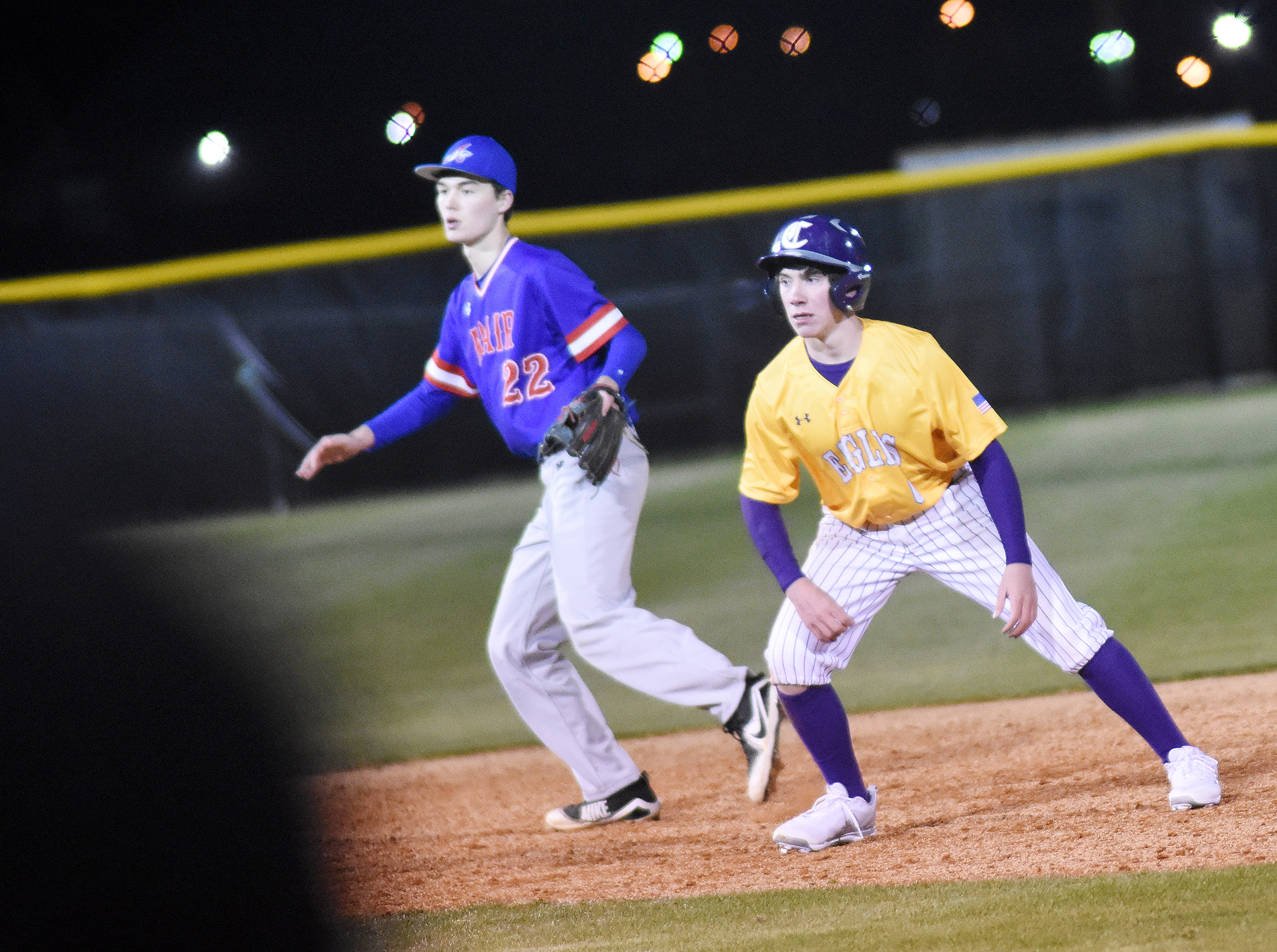 Campbellsville Middle School eighth-grader Peyton Dabney looks to steal third.