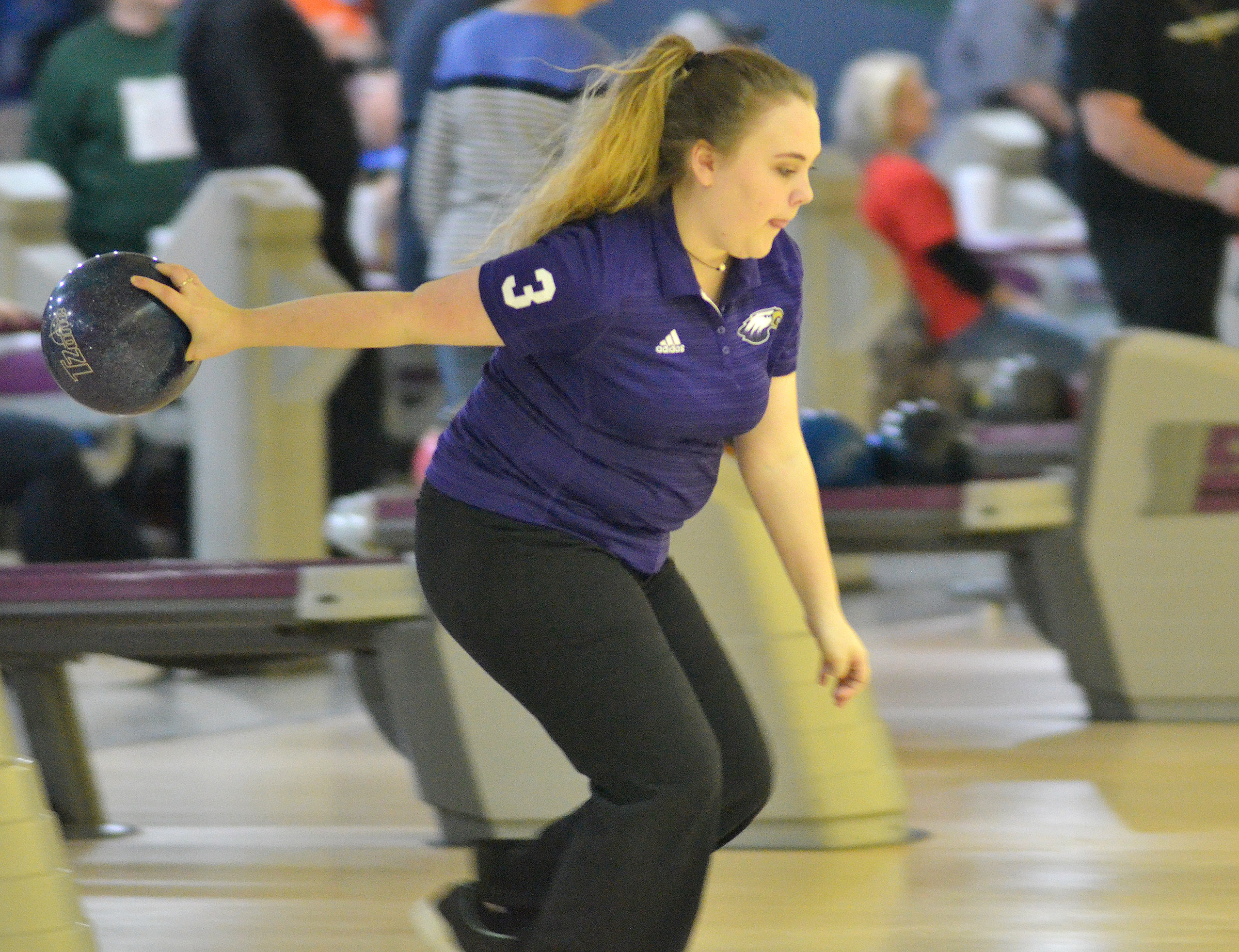 CHS senior Haley Fitch bowls.