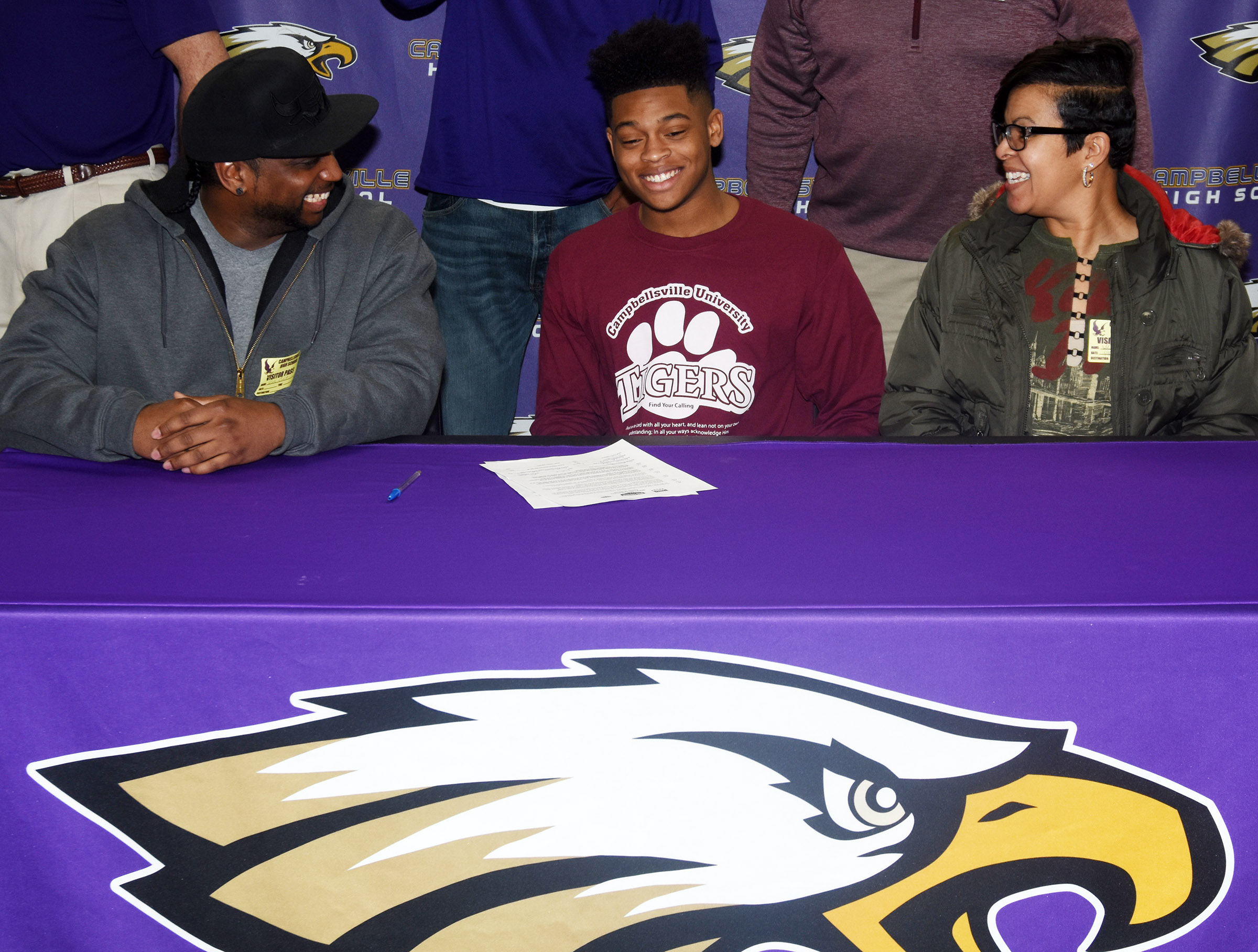 CHS senior Devonte Cubit has signed to play football at Campbellsville University. He recently signed his letter of intent in a special ceremony with his family members, friends and teammates. Pictured with him are his parents, Nate Cubit and Robin Ford.