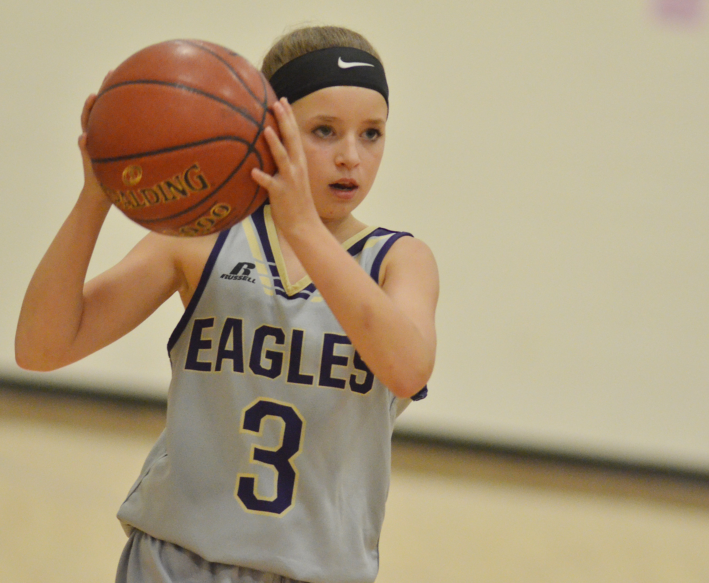 CMS eighth-grader Rylee Petett looks to pass.