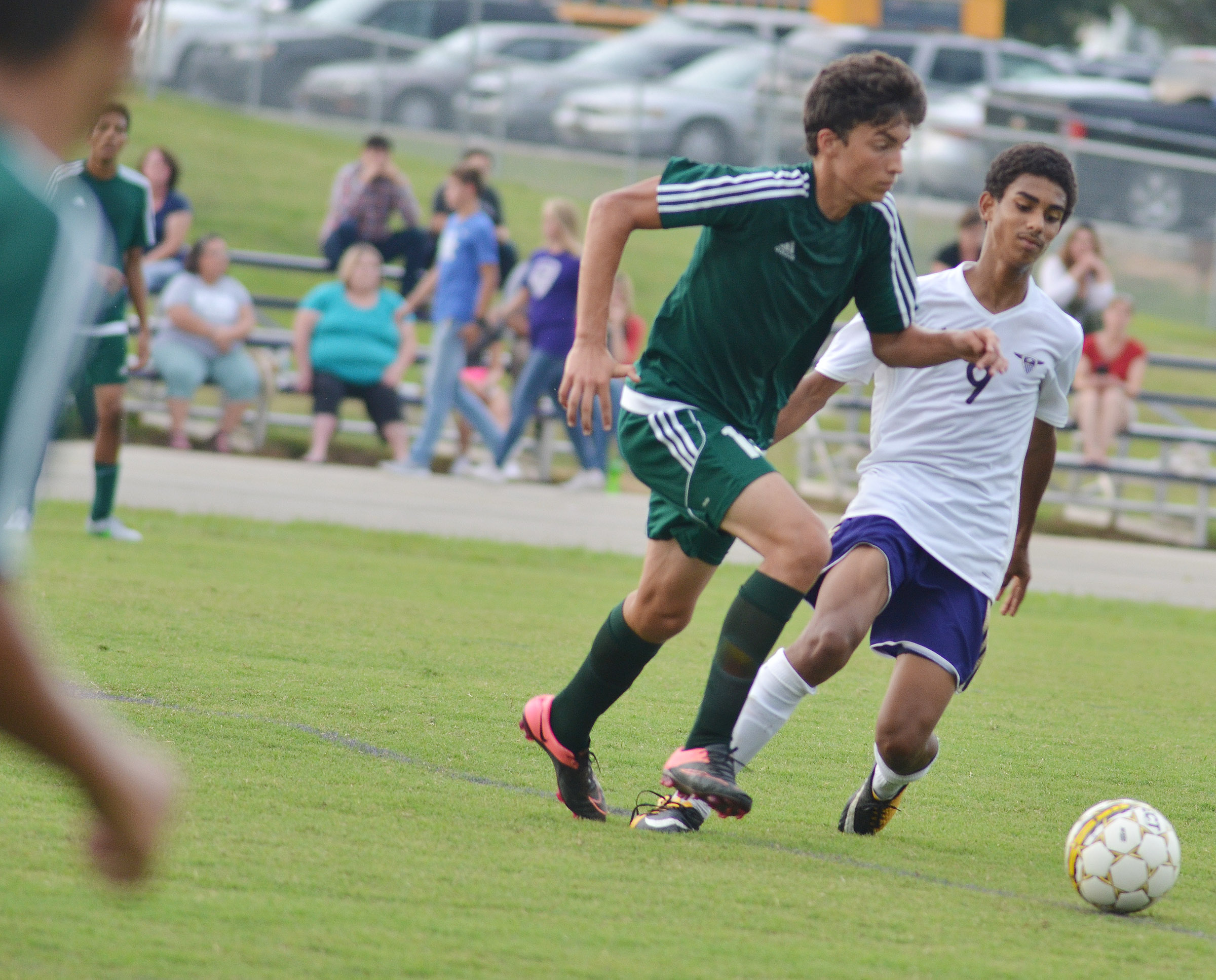 CHS sophomore David Silva runs to the ball.