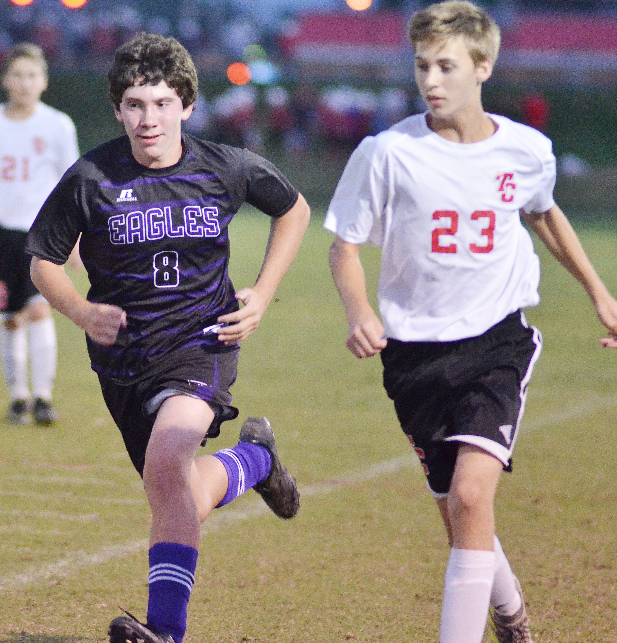 Campbellsville Middle School eighth-grader Peyton Dabney runs.