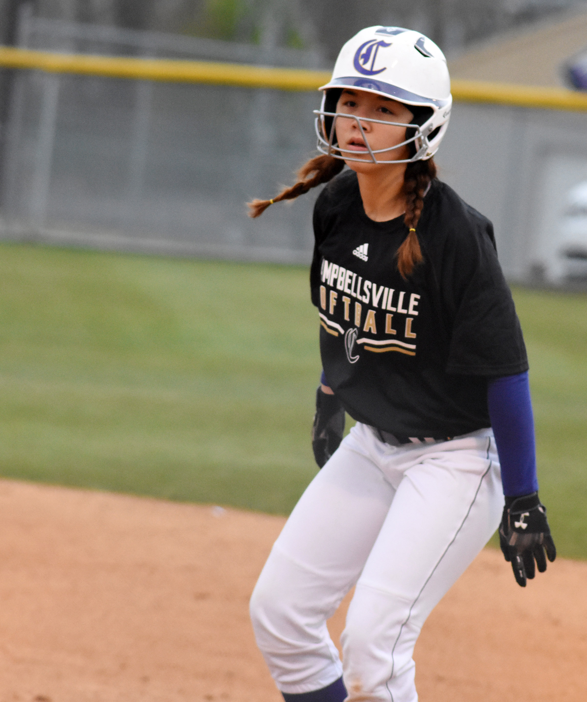 Campbellsville Middle School eighth-grader Olivia Fields looks to steal second.
