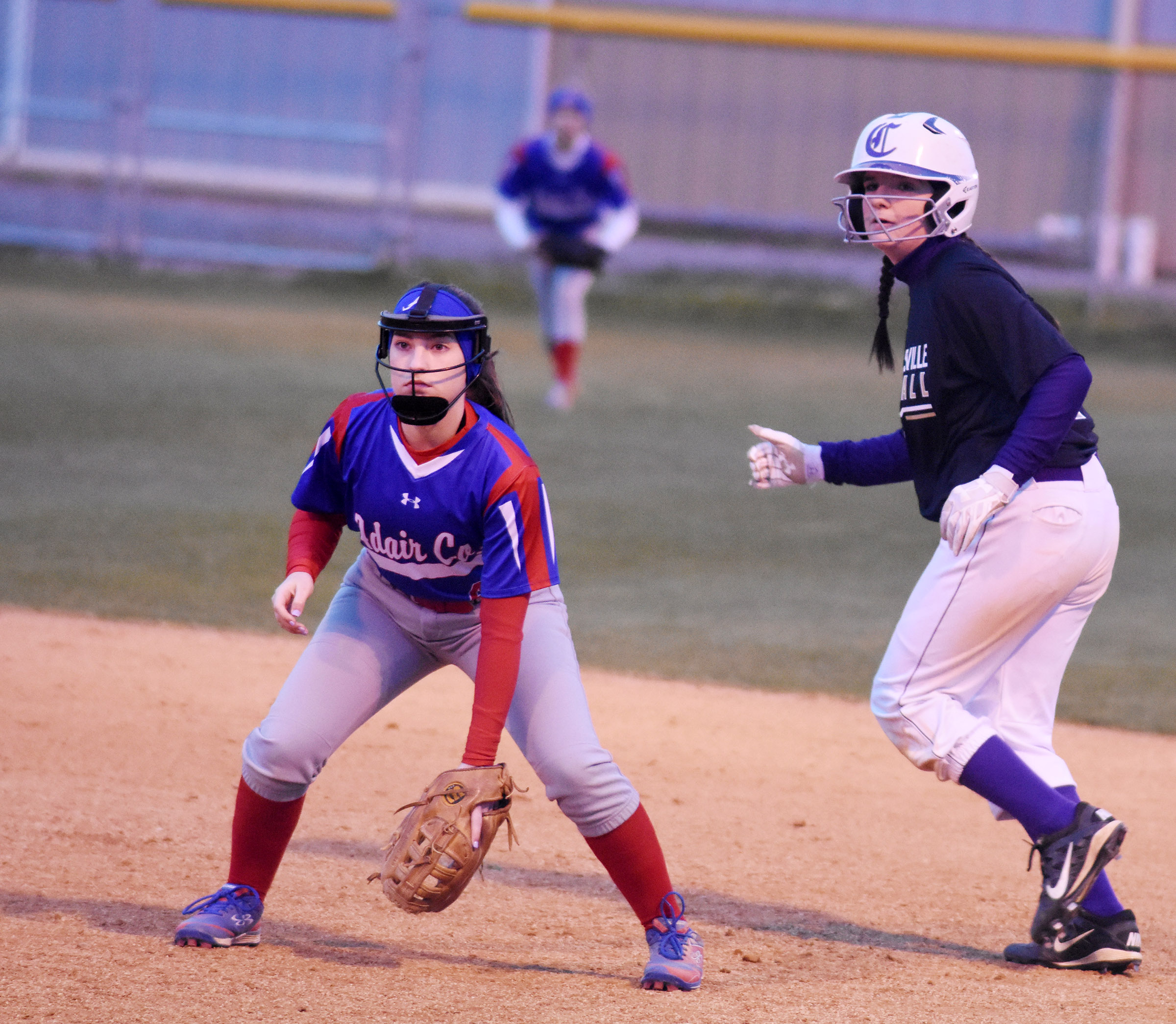 CHS sophomore Sydney Wilson looks to run to second.
