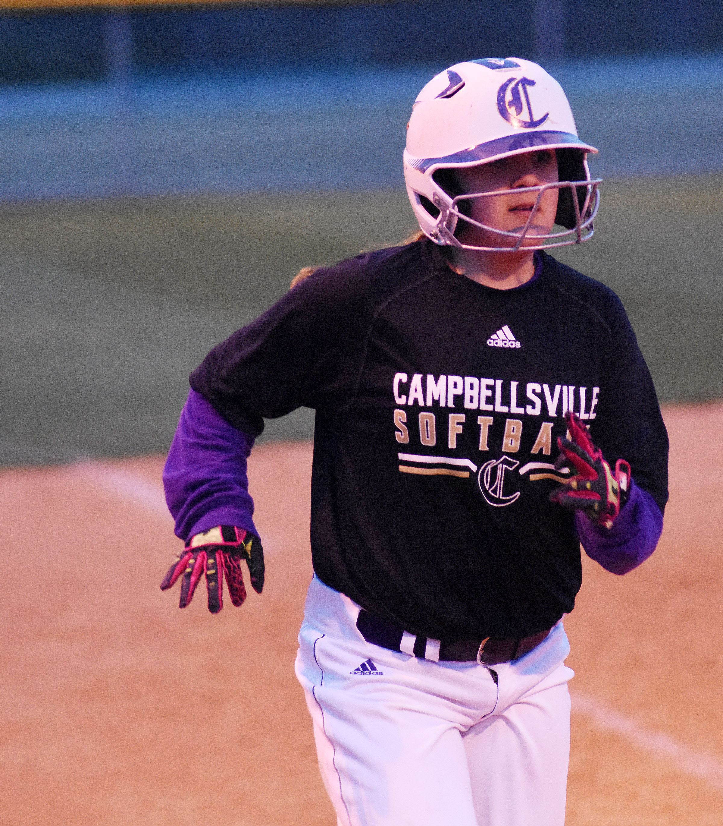 Campbellsville Middle School seventh-grader Briana Davis scores a run.