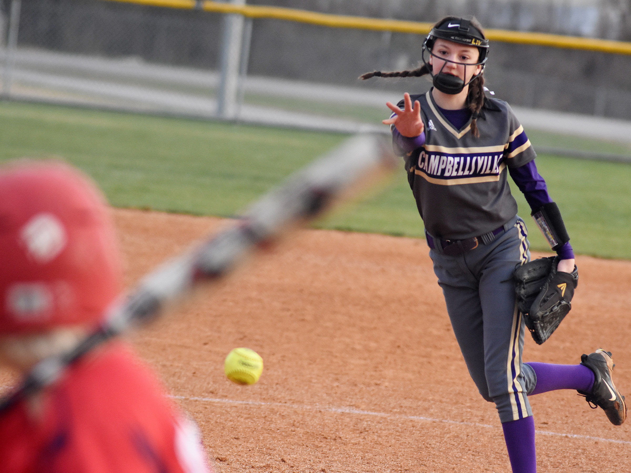 Campbellsville Middle School seventh-grader Bri Hayes pitches.