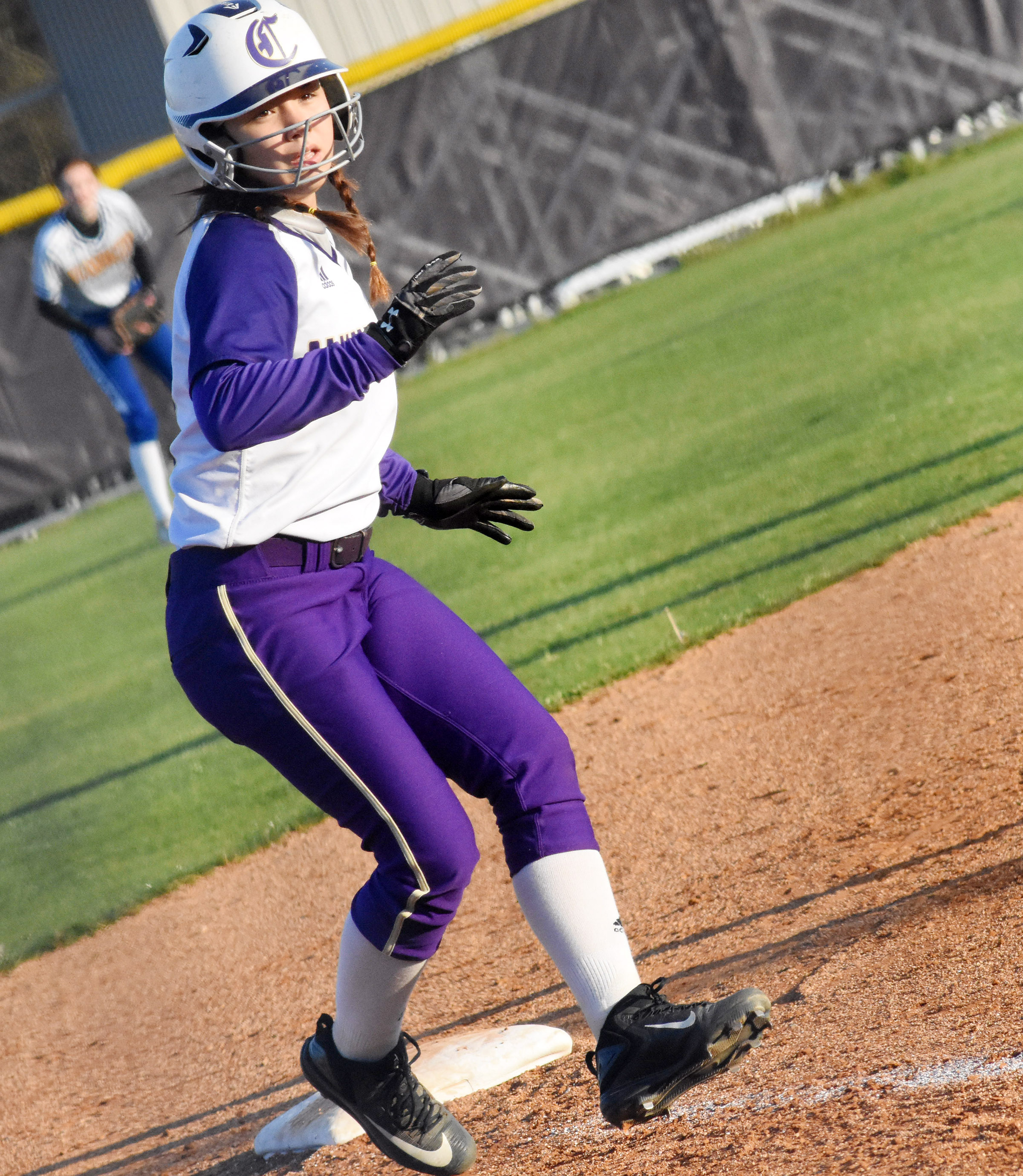 Campbellsville Middle School eighth-grader Olivia Fields looks to score.