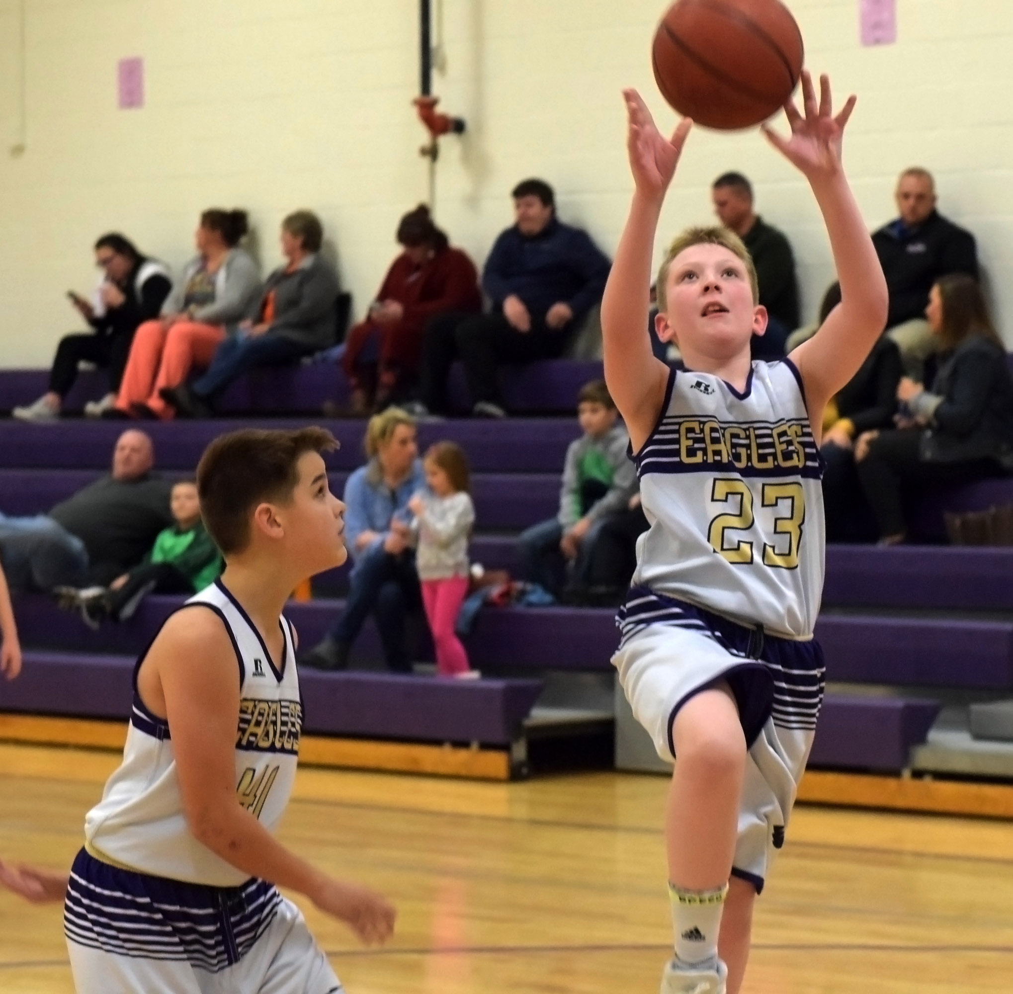 Campbellsville Elementary School fifth-grader Kaleb Miller shoots the ball.