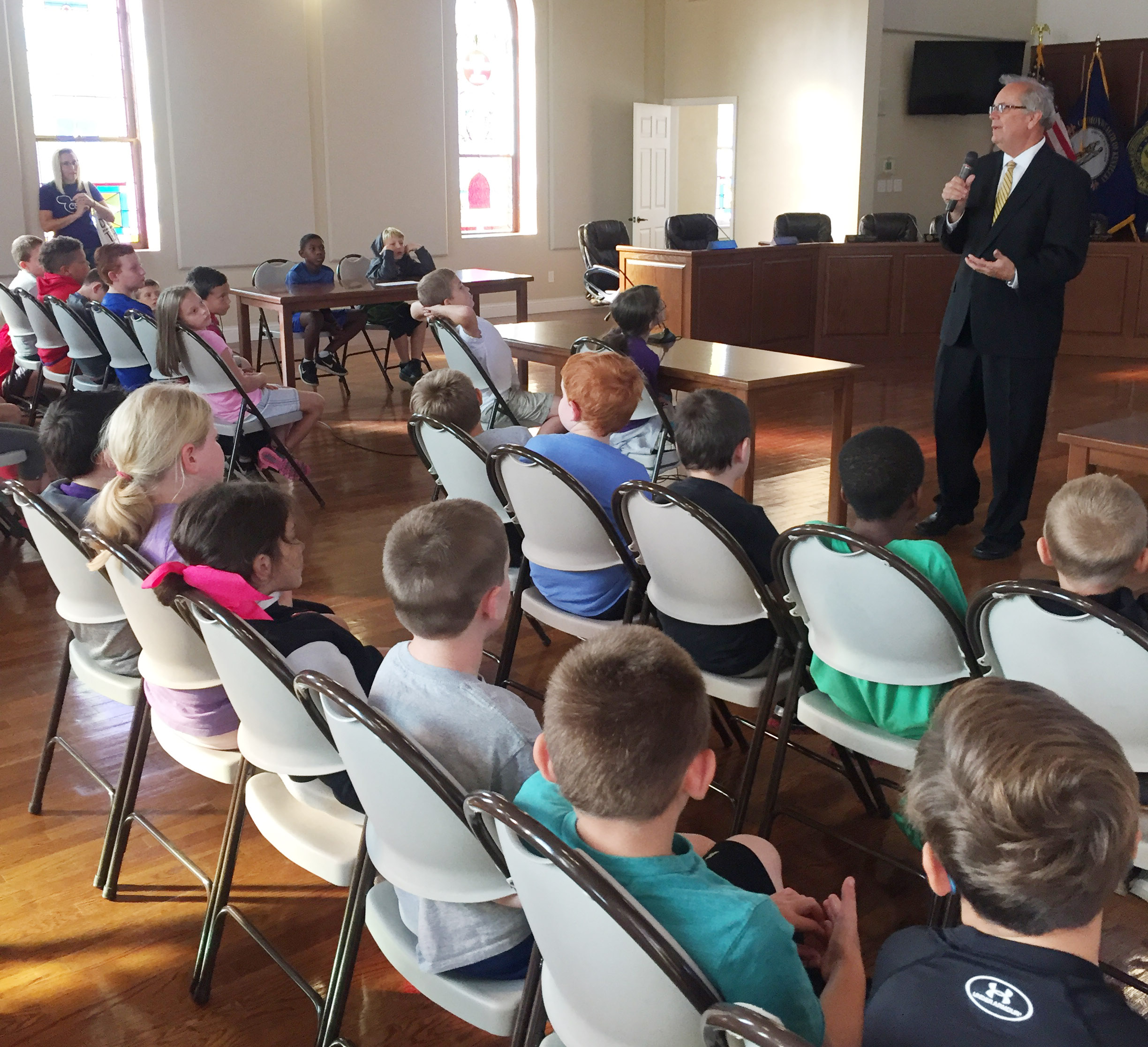 Campbellsville Mayor Tony Young talks to CES third-graders about how city government operates.