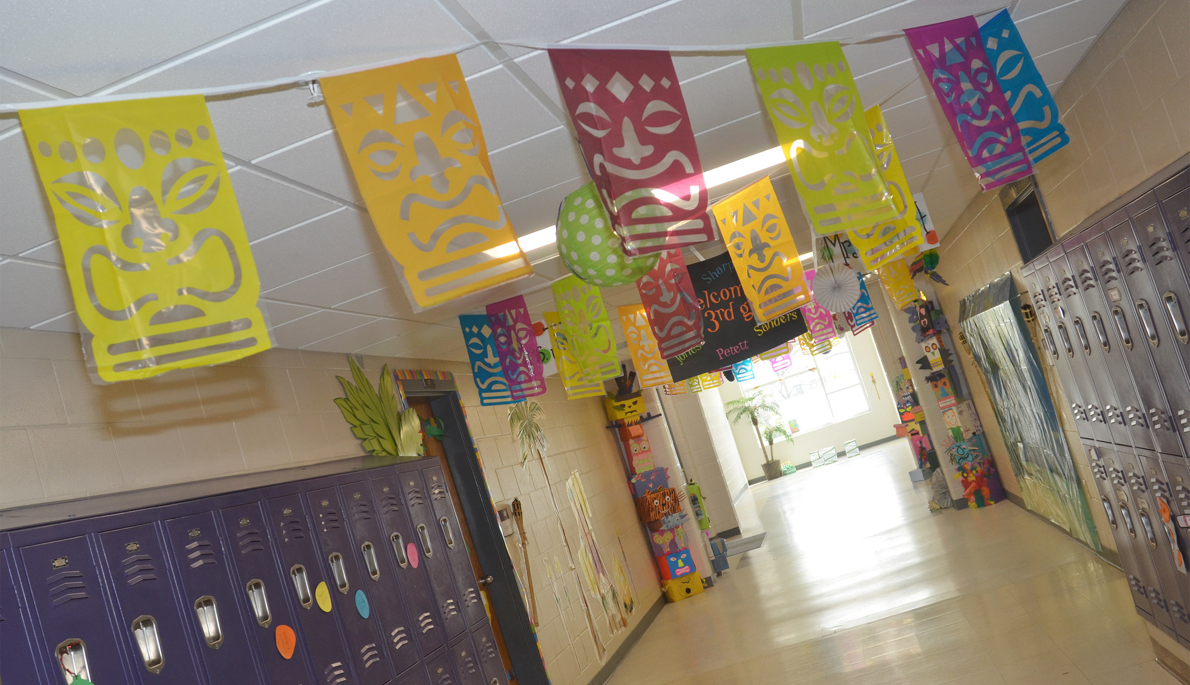 CES third-grade teachers have decorated their hallway with a jungle theme to help students prepare for K-PREP testing.