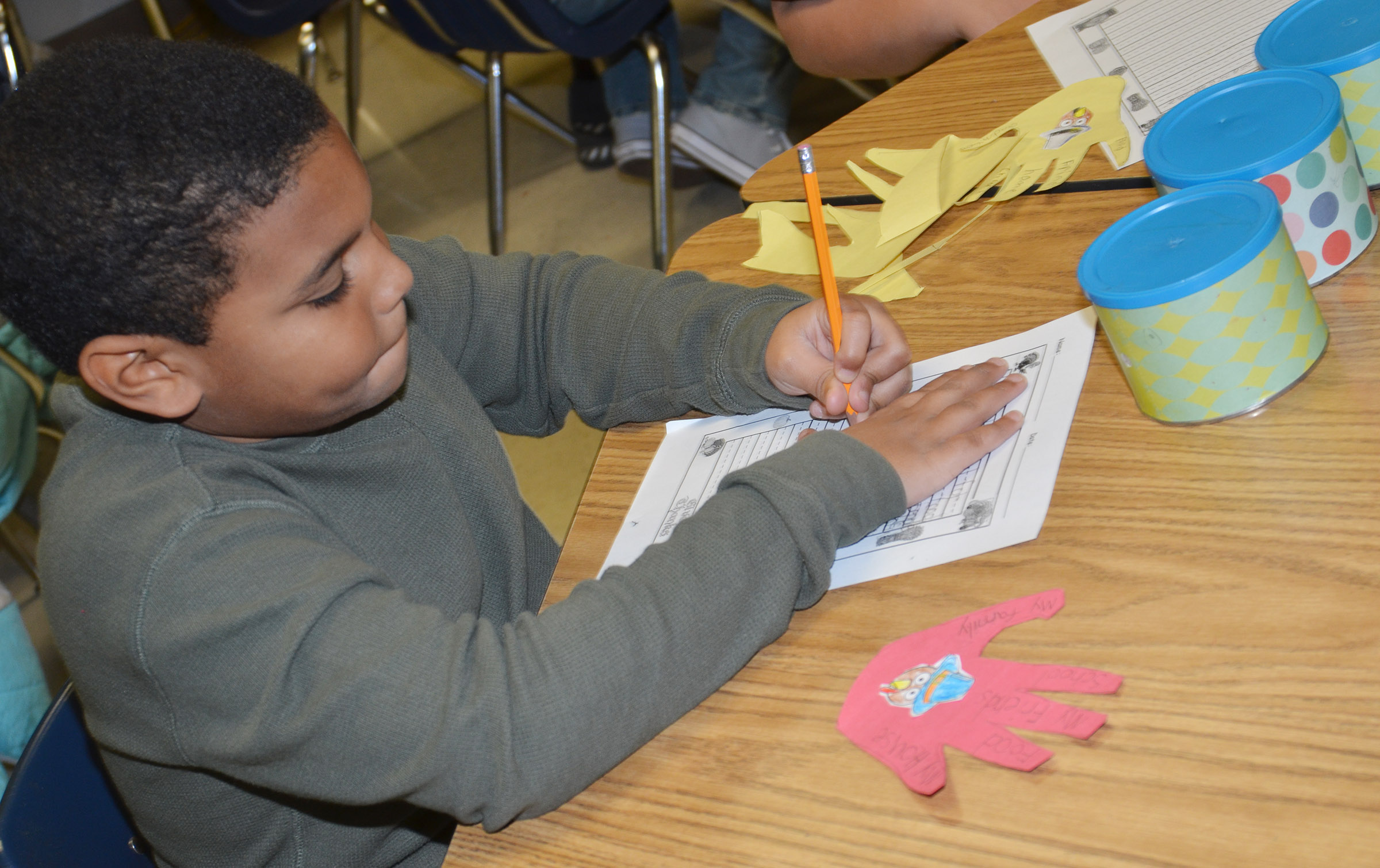 CES third-grader Zaemar Hoskins writes about what he is thankful for.