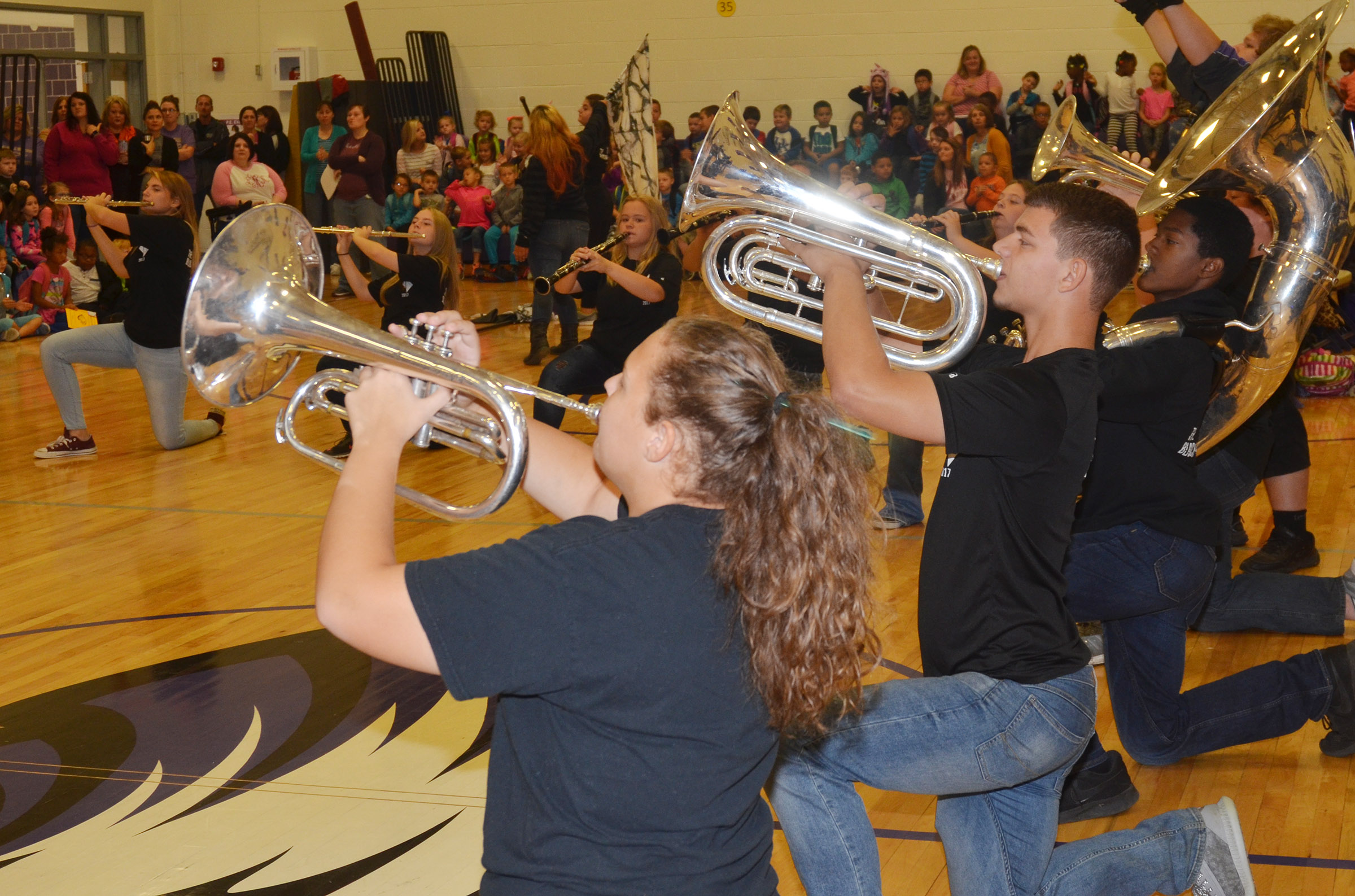 CHS band members perform for CES students.