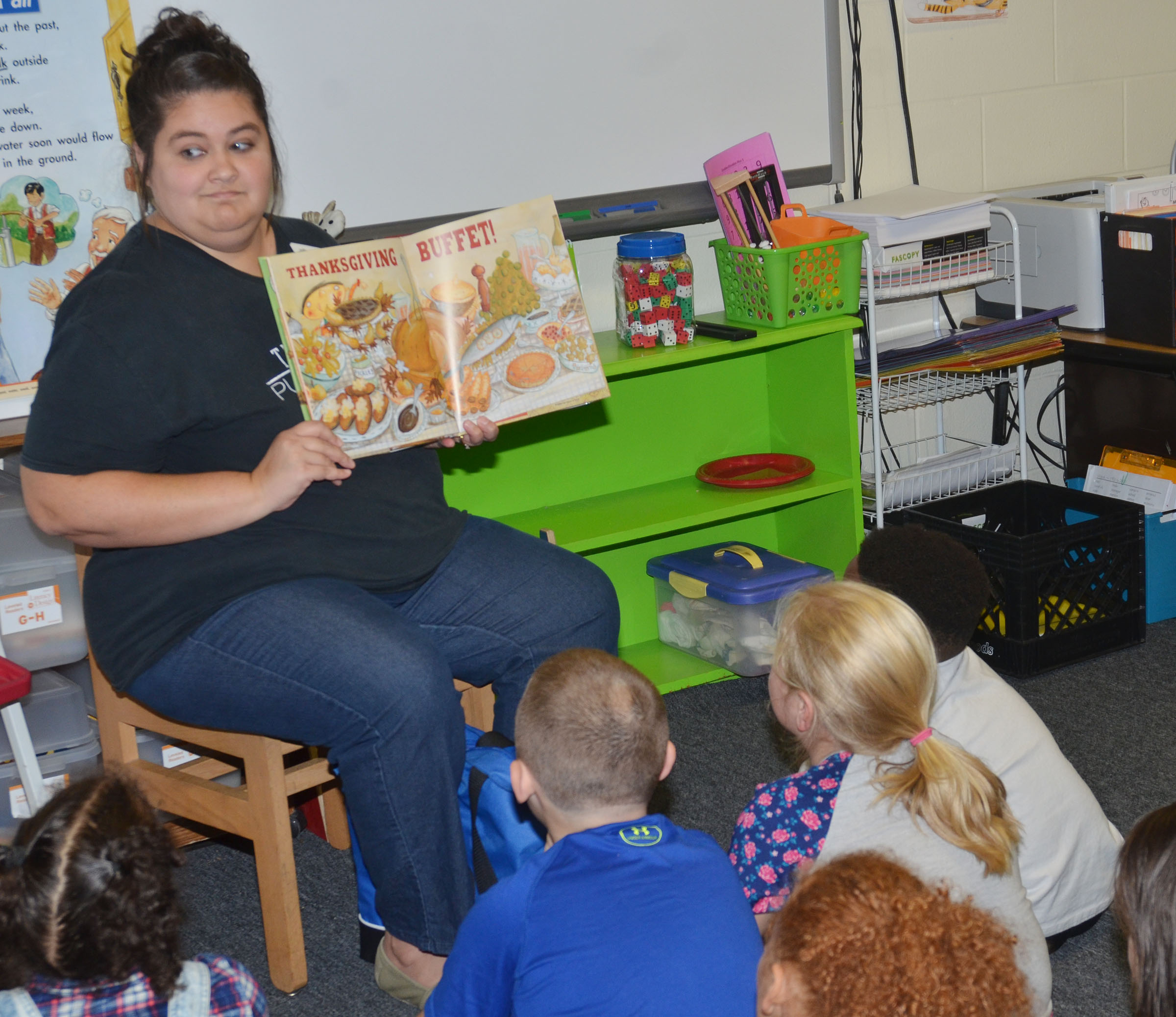 Sarah Hampton reads to CES second-graders.