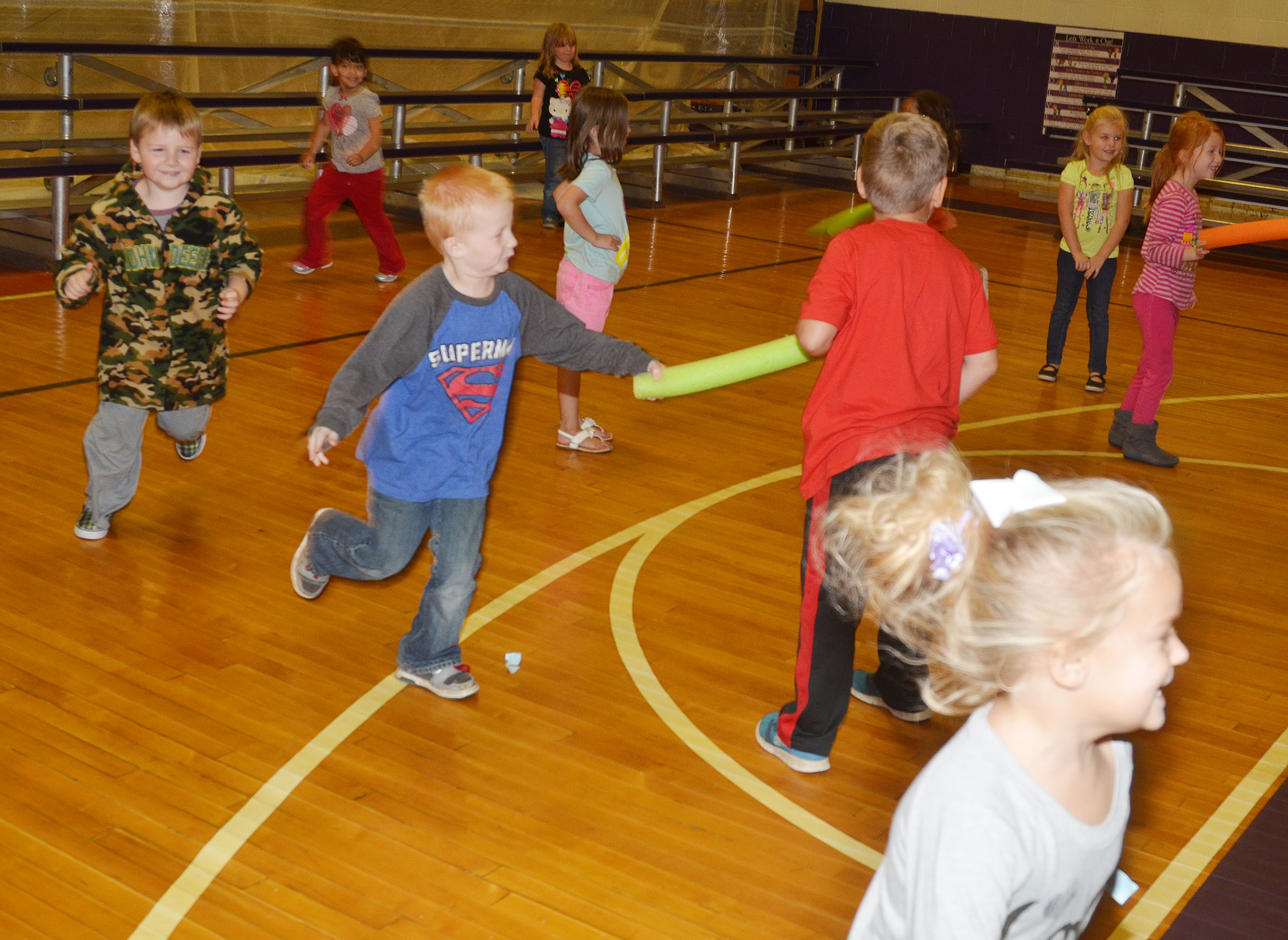 CES kindergarteners play freeze tag.