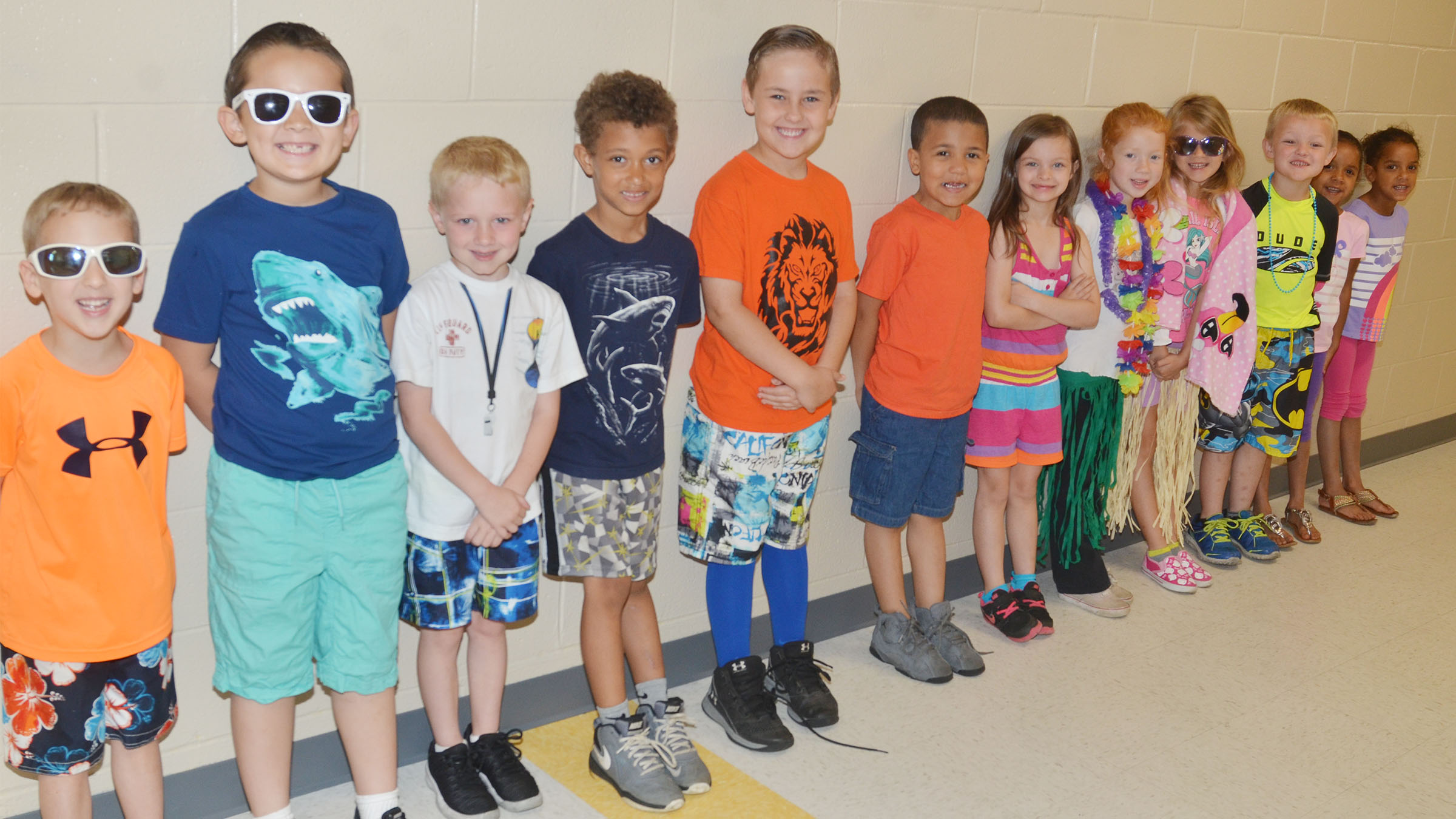 CES students dress for Beach Day.