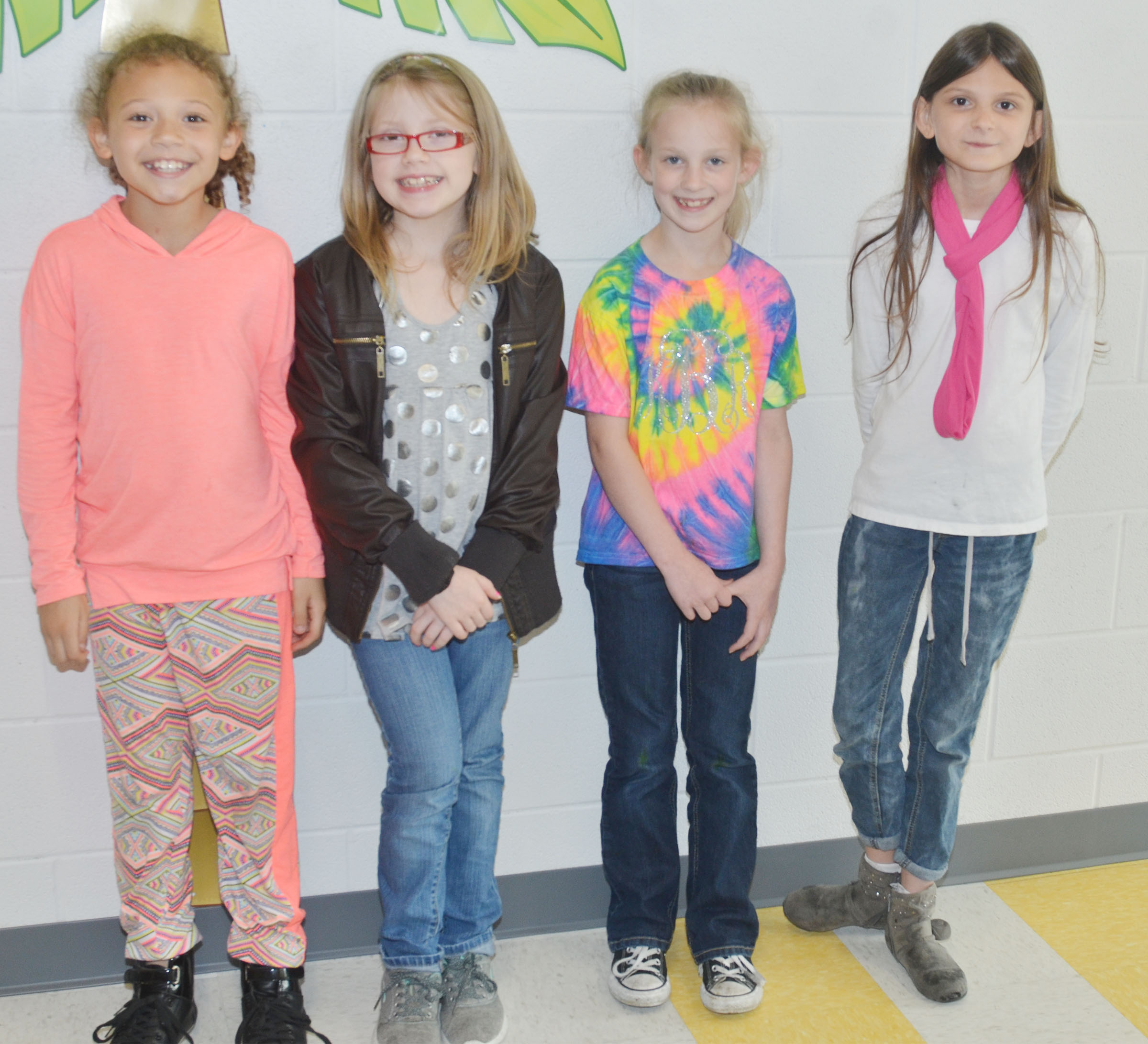 CES students dress for 1950s Day.