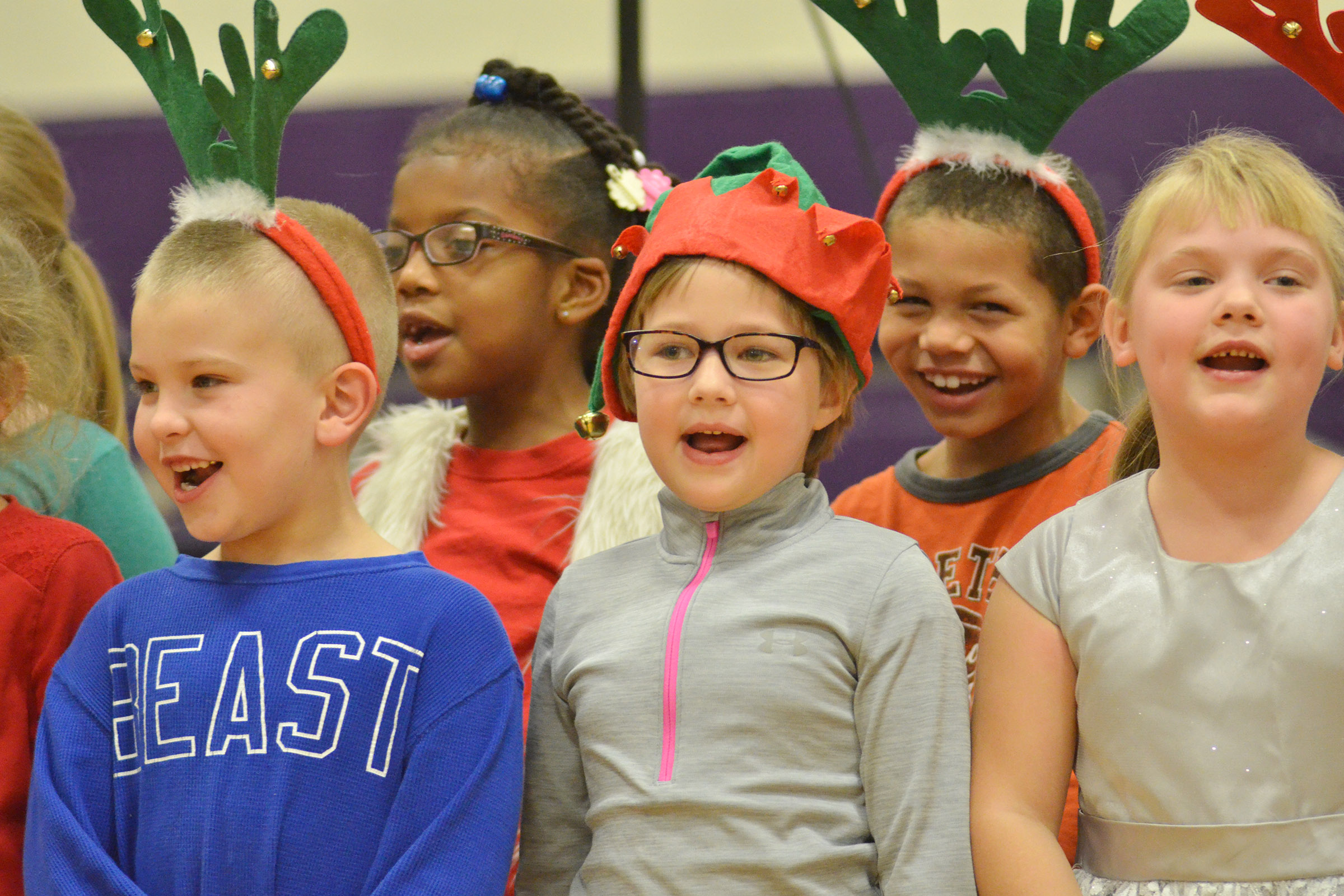 CES first-graders, from left, Ethan Bailey, Willow Griffin, Addelyn Dooley, Tristen Williams and Addysen England sing.