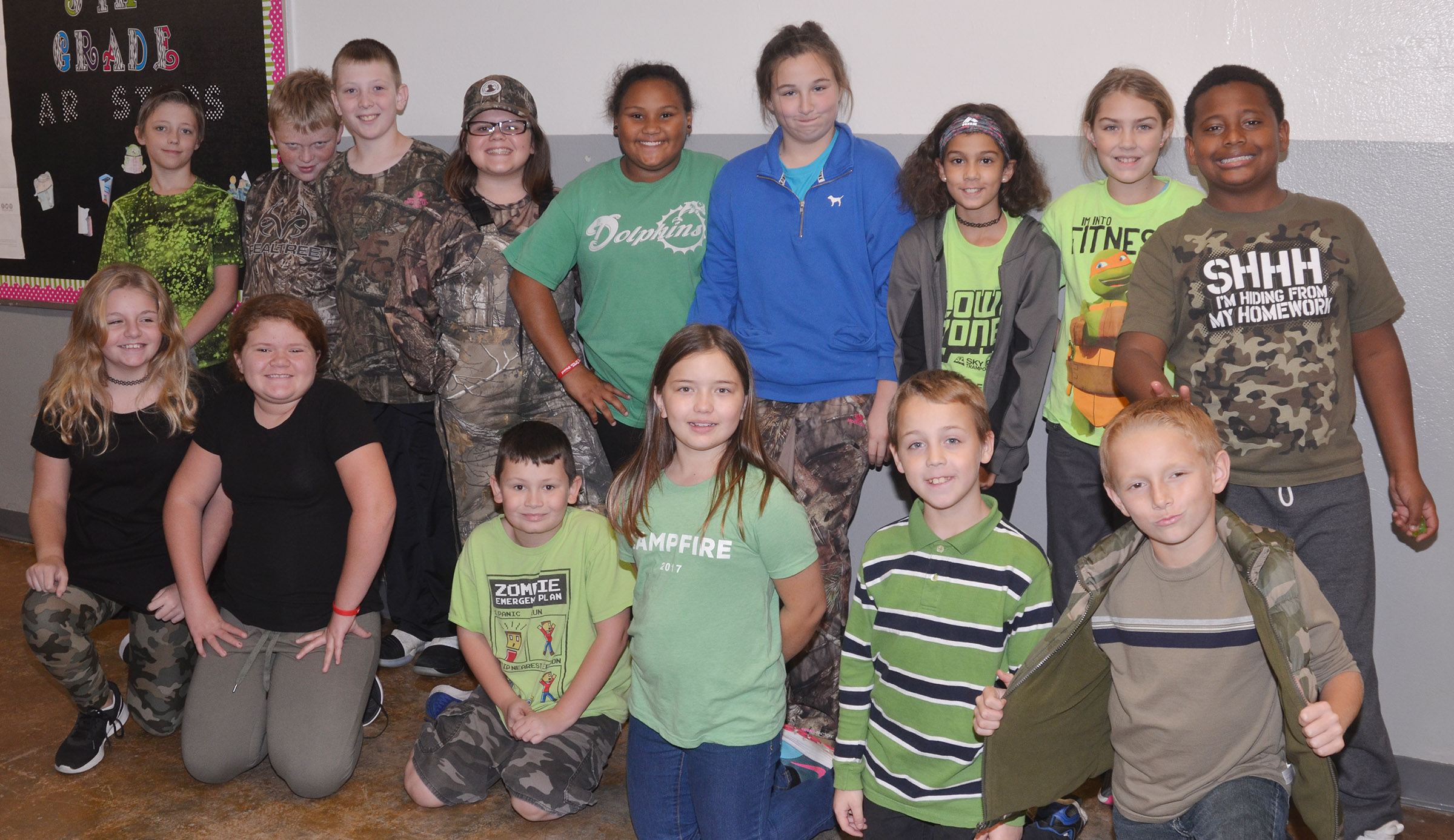 CES students dress in camouflage and green to not let drugs pollute their lives.