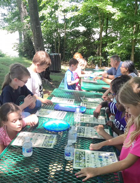 CES students play bingo at Green River Lake.