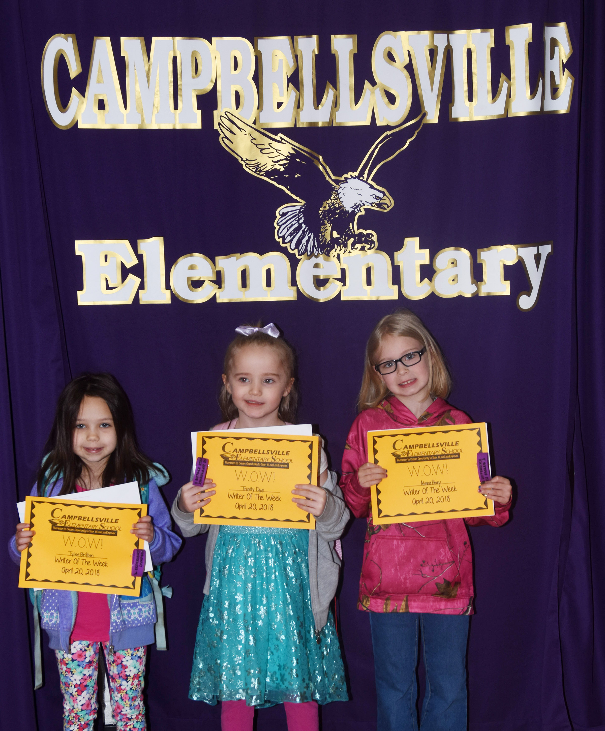 From left are kindergarteners Tylee Britton, Trinity Dye and Alinna Bray.