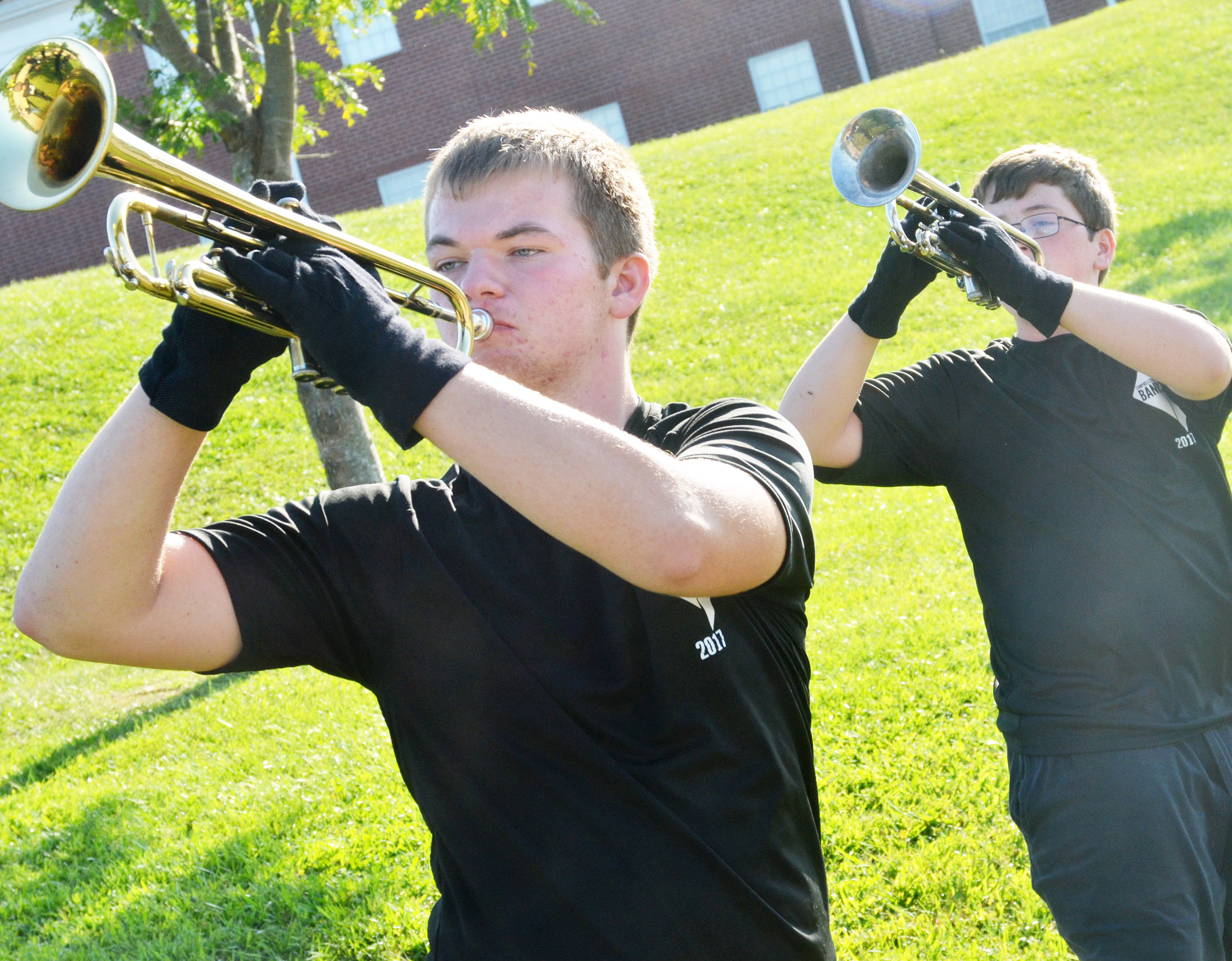 CHS junior Josh Dooley, at left, and sophomore Gavin Ford warm up.