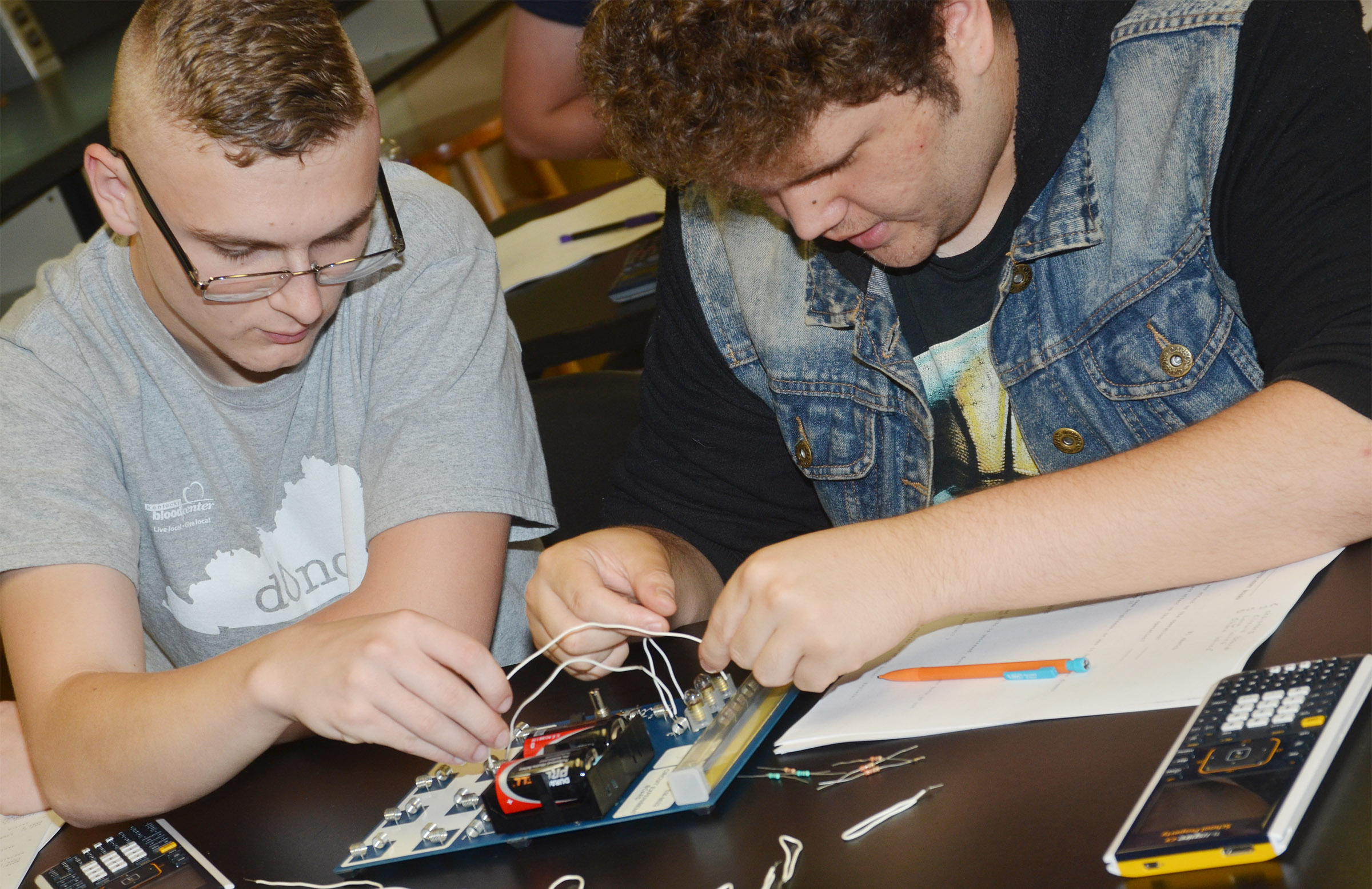 CHS seniors Ben Rafferty, at left, and Dalton Ballentine work together to complete their circuit.