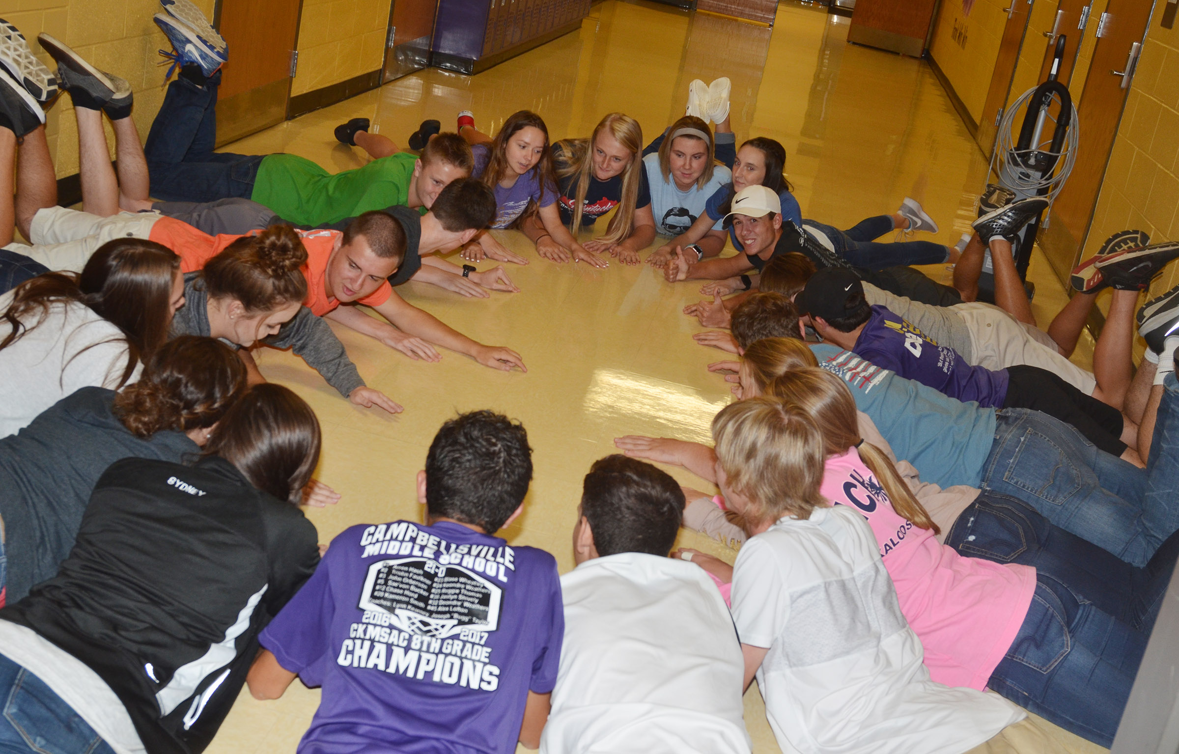 CHS FCA members play an ice-breaker game.
