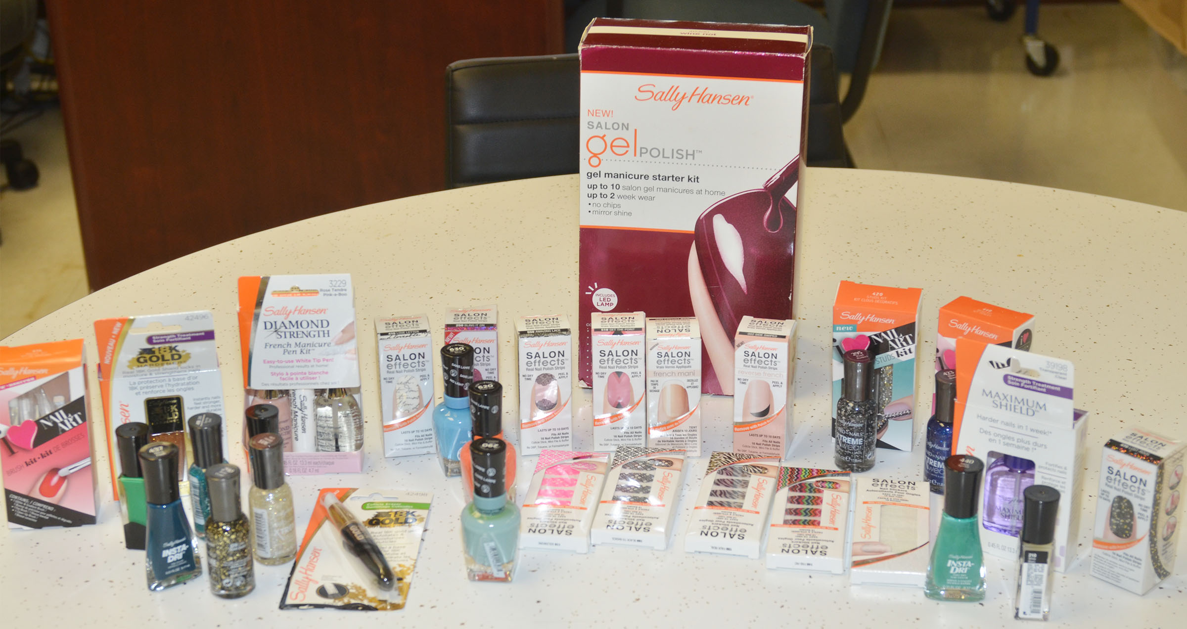 Campbellsville High School students can receive free nail products from the Campbellsville Family Resource and Youth Services Center.