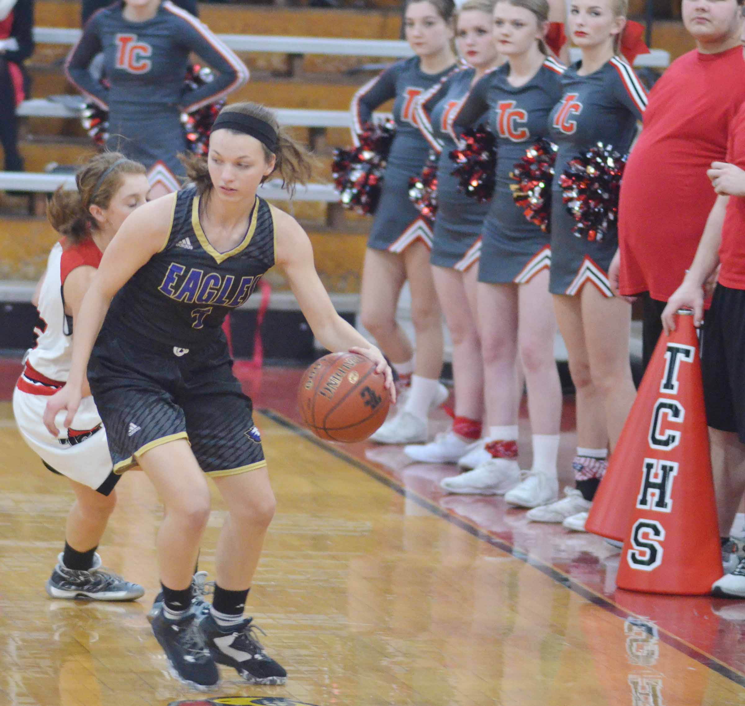 CHS senior Caylie Blair protects the ball.