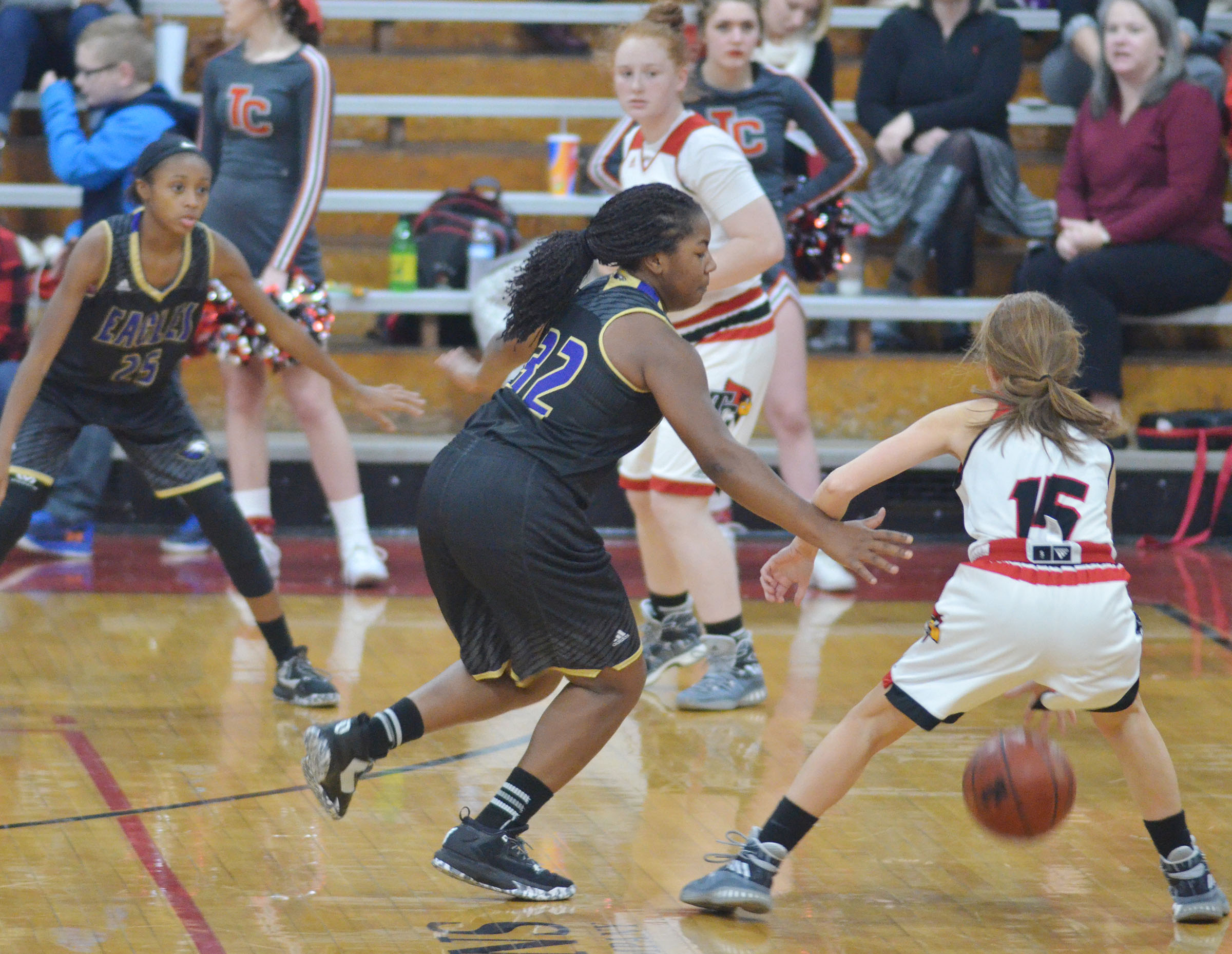 CHS junior Nena Barnett tries to steal.
