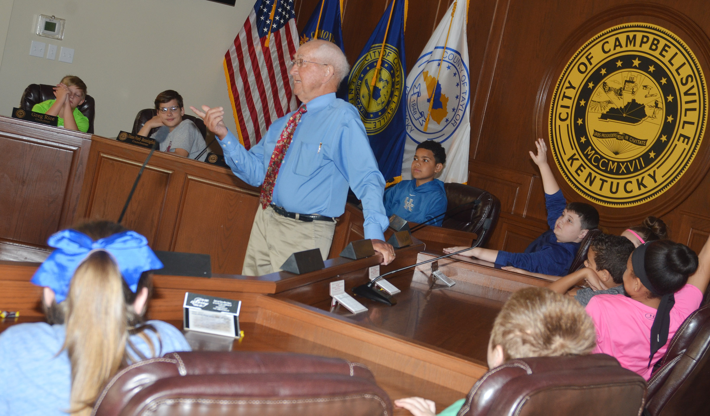 Former Campbellsville Mayor Paul Osborne talks to CMS fifth-graders about his experiences as the city's leader.