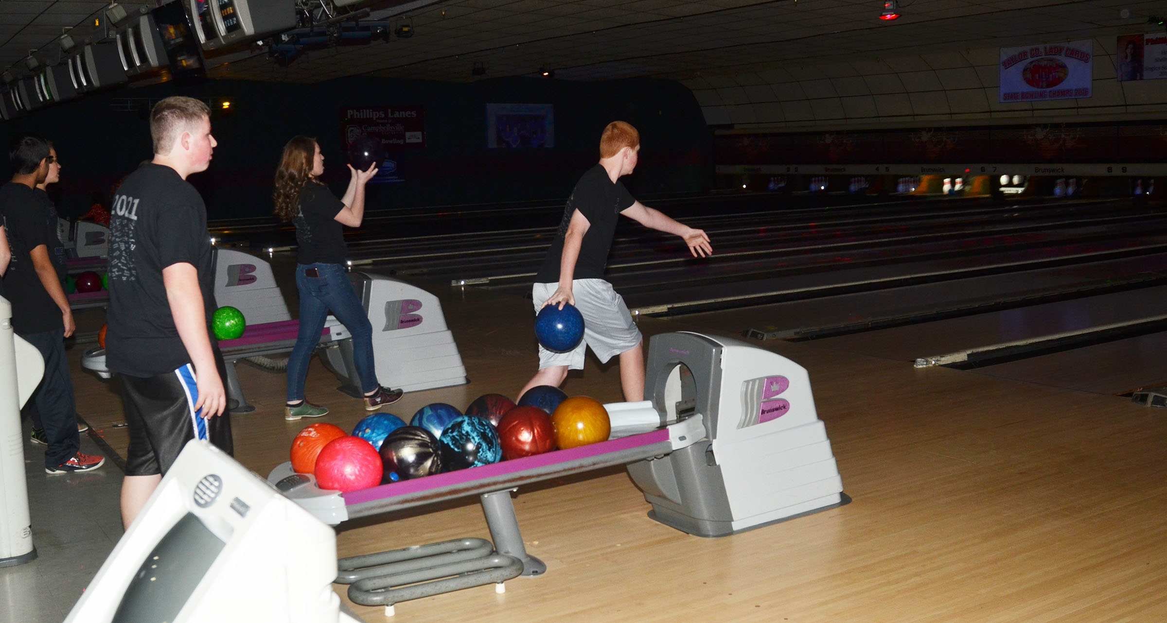 CMS eighth-graders bowl.