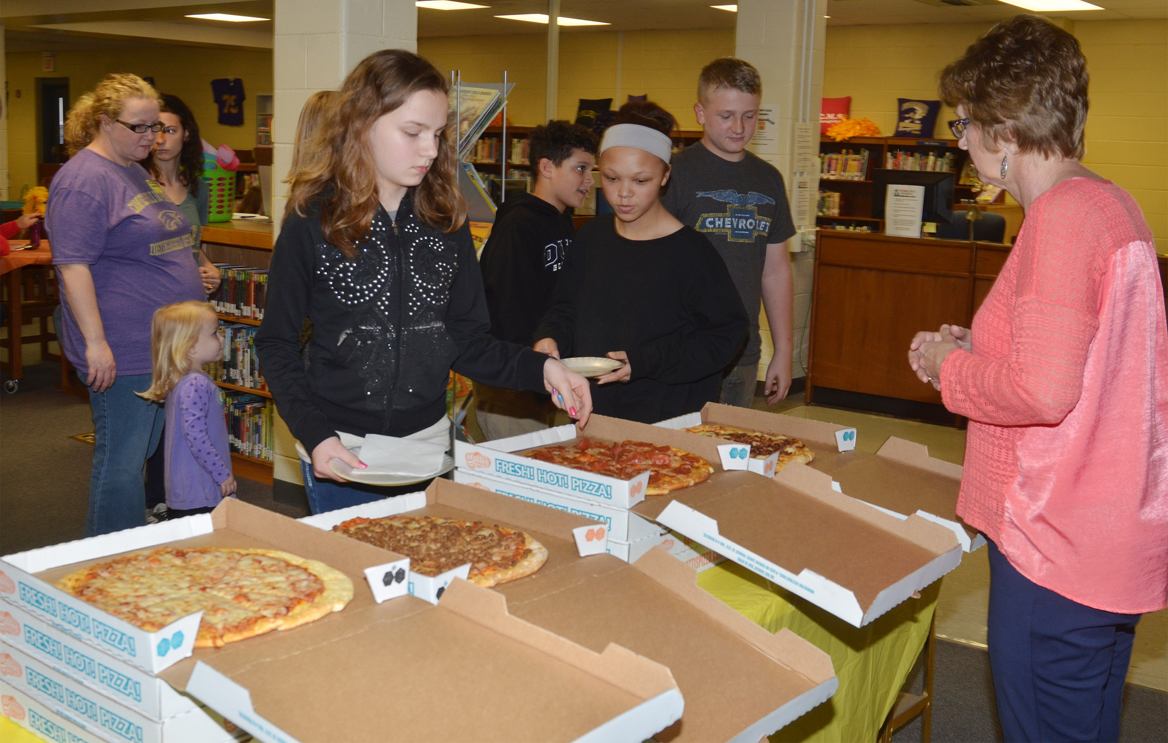 CMS student leaders are treated to a special pizza lunch.